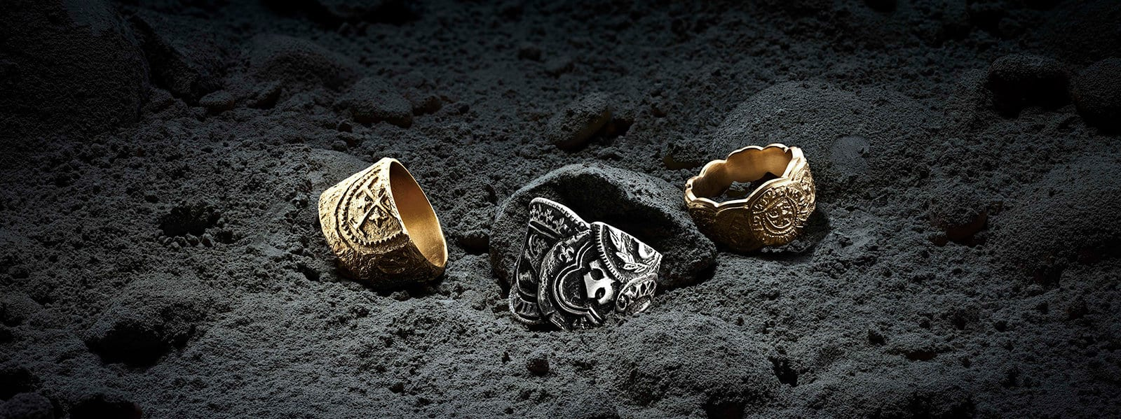 Shipwreck bands in 18K yellow gold or sterling silver on the seafloor.