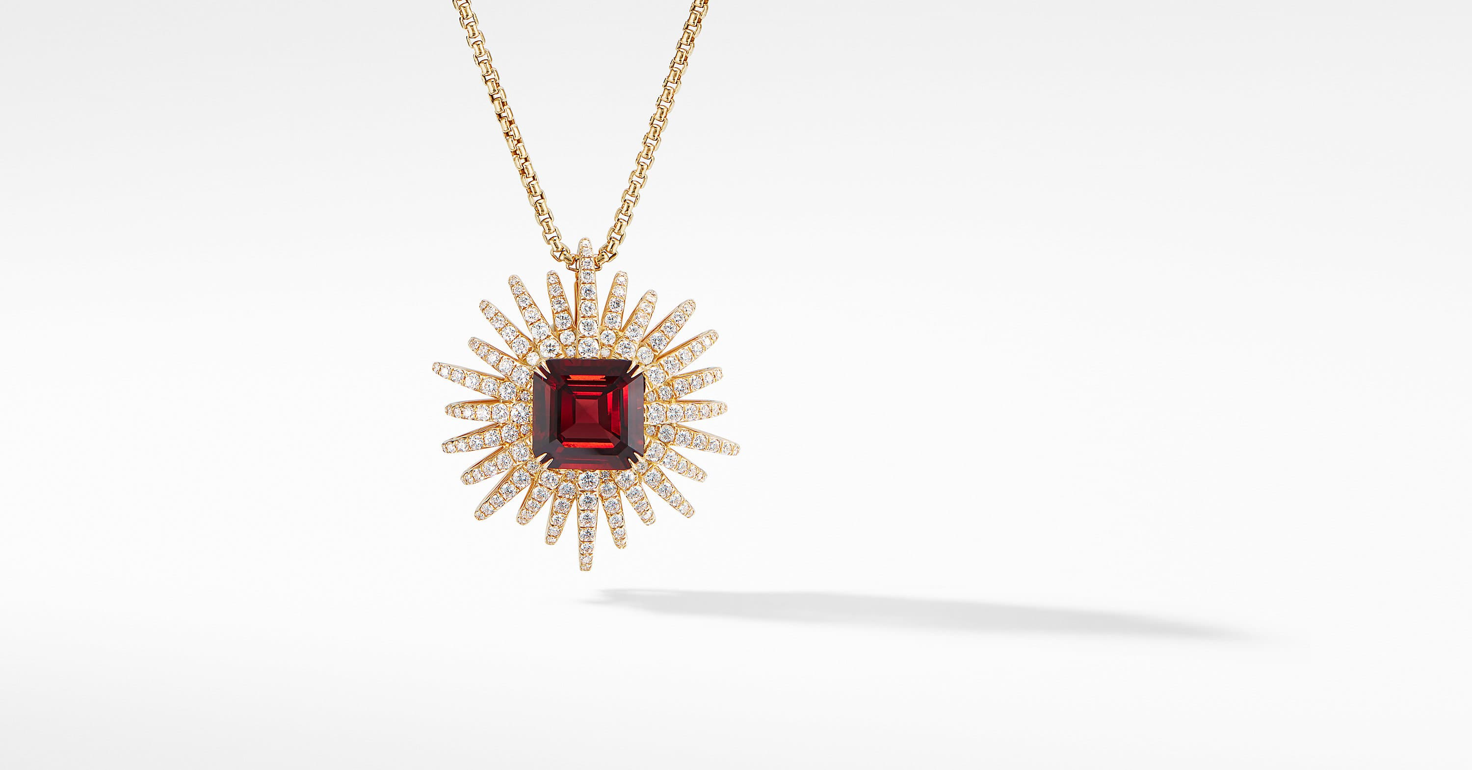 Starburst Pendant Necklace in 18K Yellow Gold with Diamonds