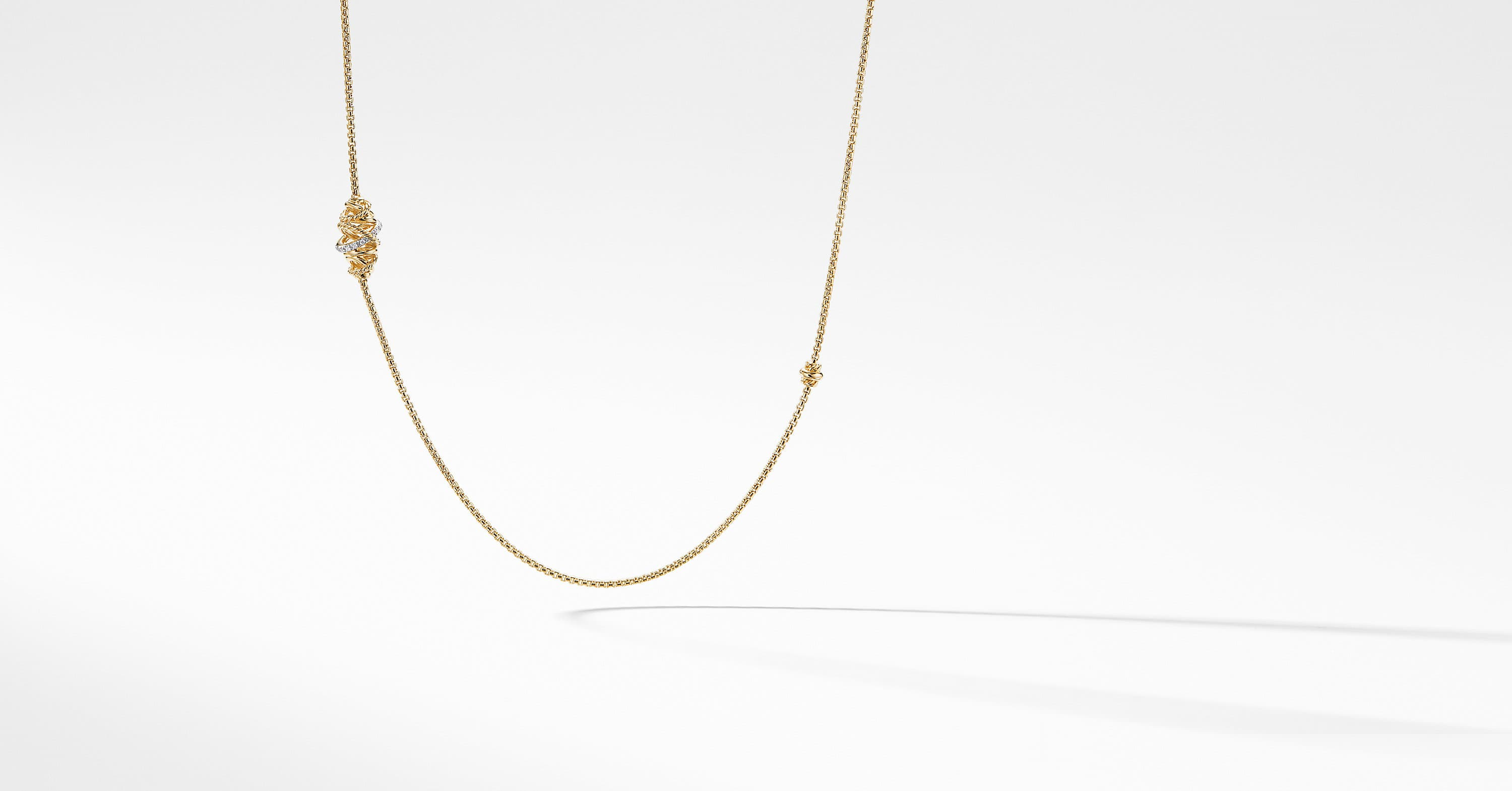 Crossover Station Necklace with Diamonds in 18K Gold