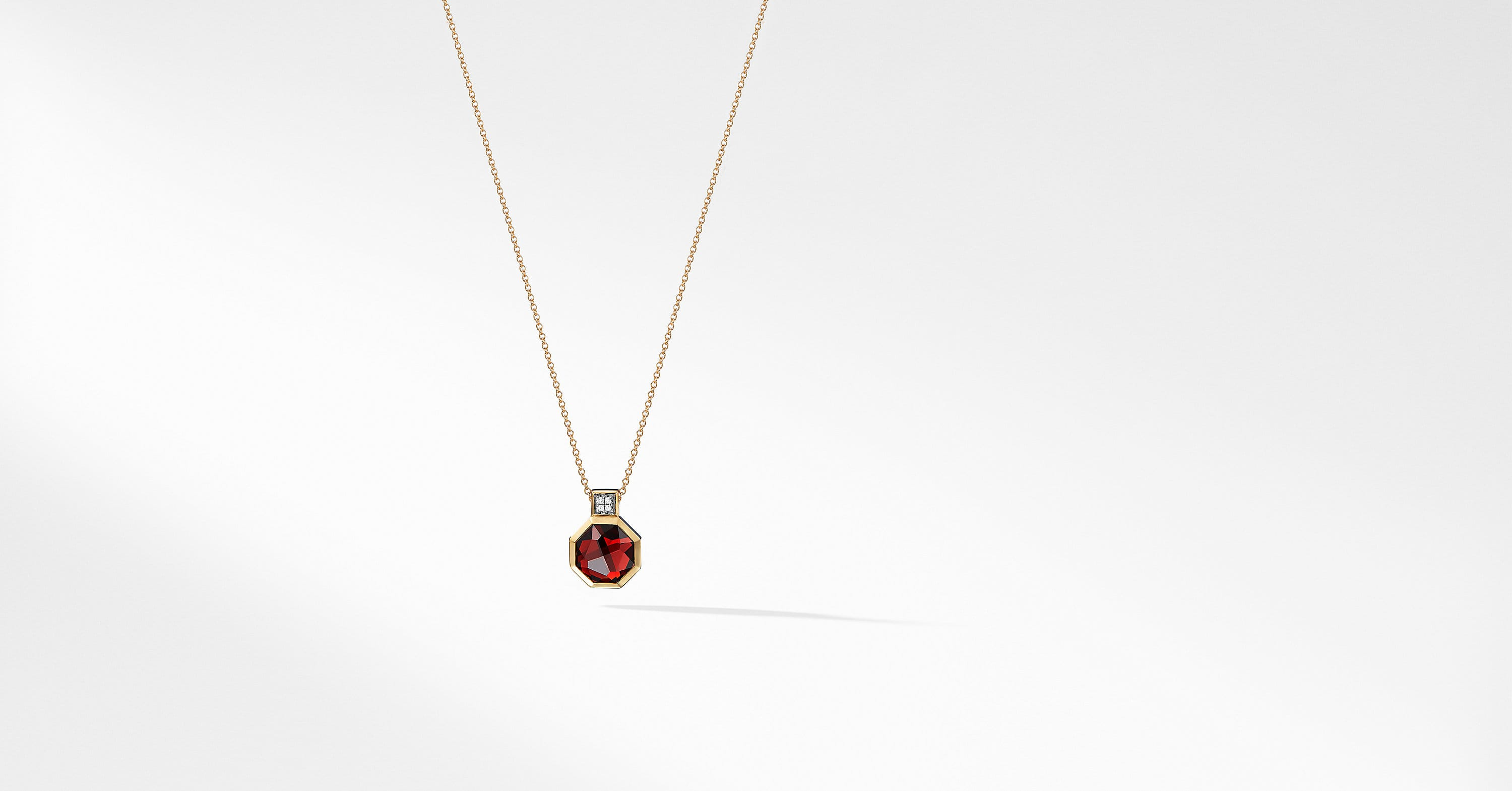 Guilin Octagon Pendant Necklace with Diamonds in 18K Gold
