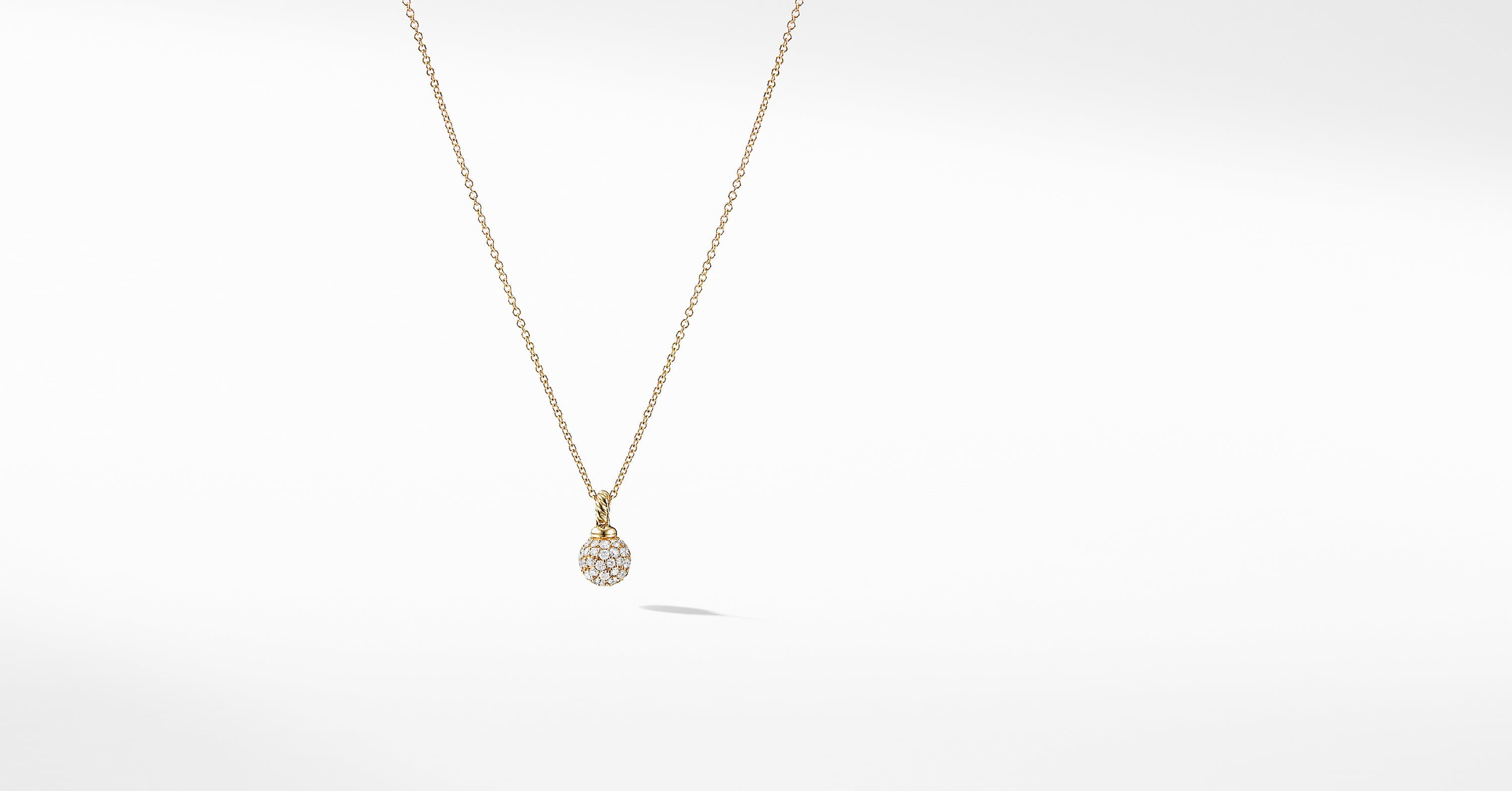 Petite Solari Pavé Pendant Necklace with Diamonds in 18K Gold