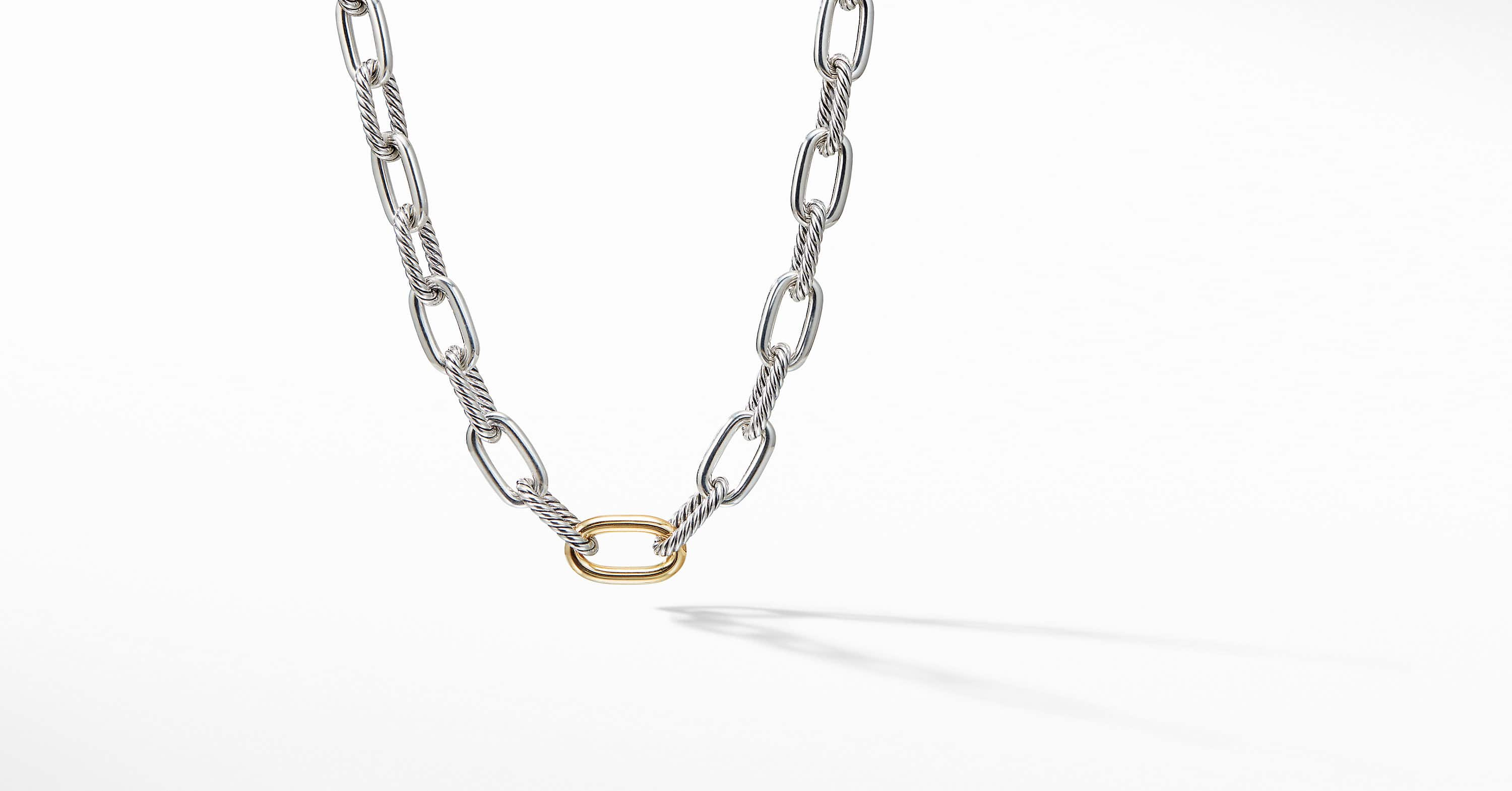 DY Madison Chain Medium Necklace with 18K Gold, 11mm