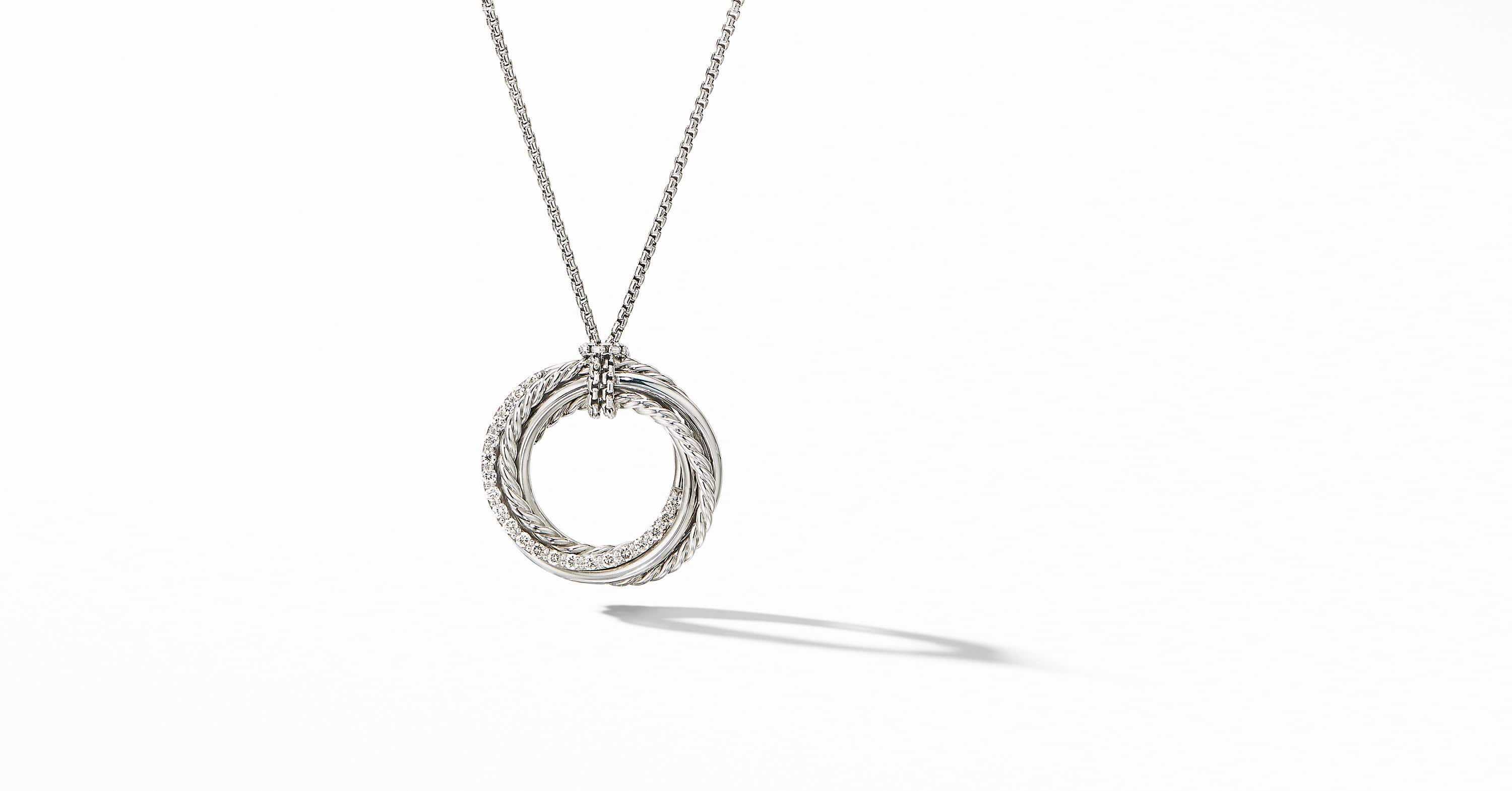 The Crossover Collection Pendant Necklace with Diamonds, 21mm