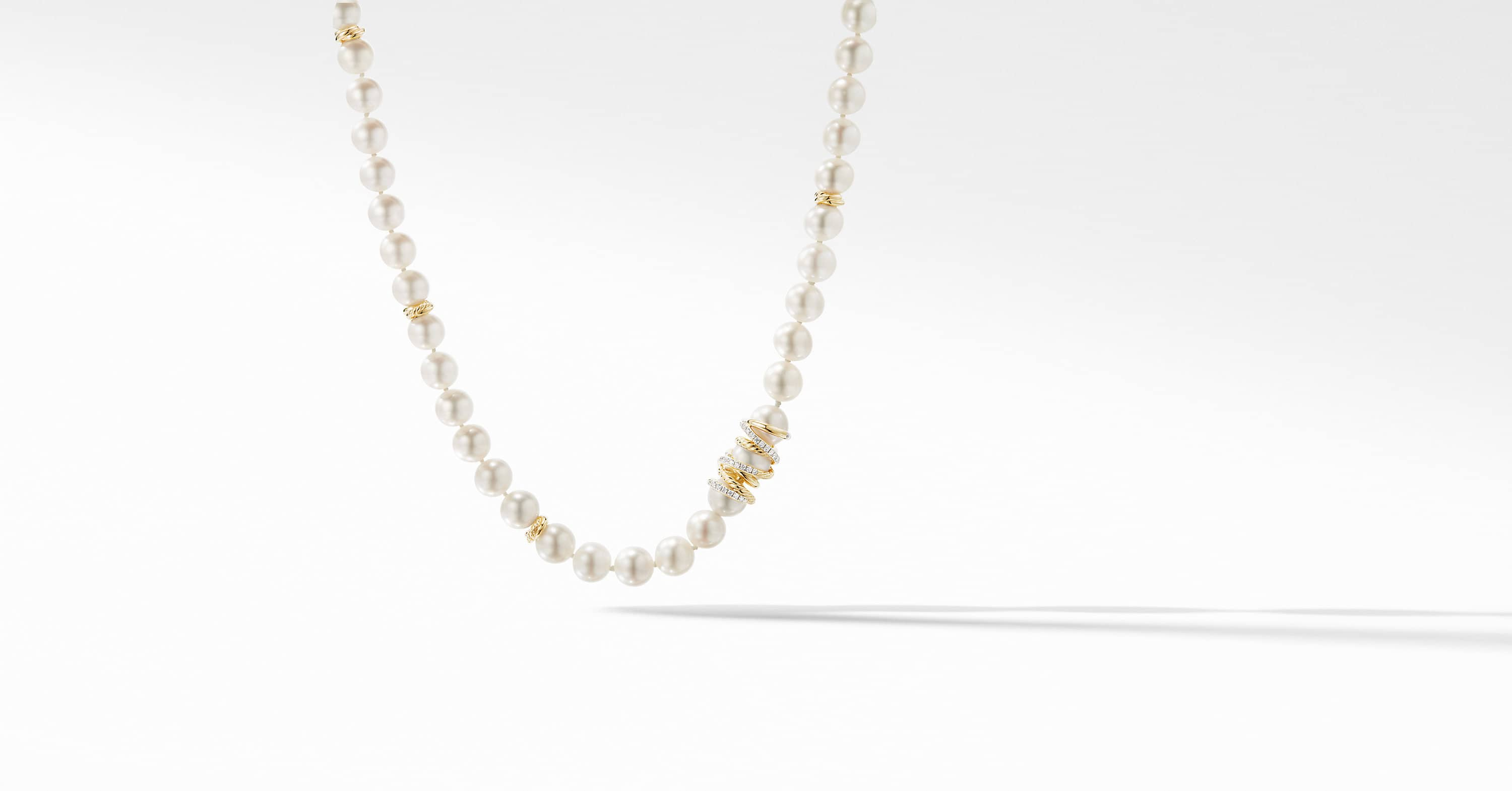 Collier de perles Helena en or jaune 18 carats avec diamants