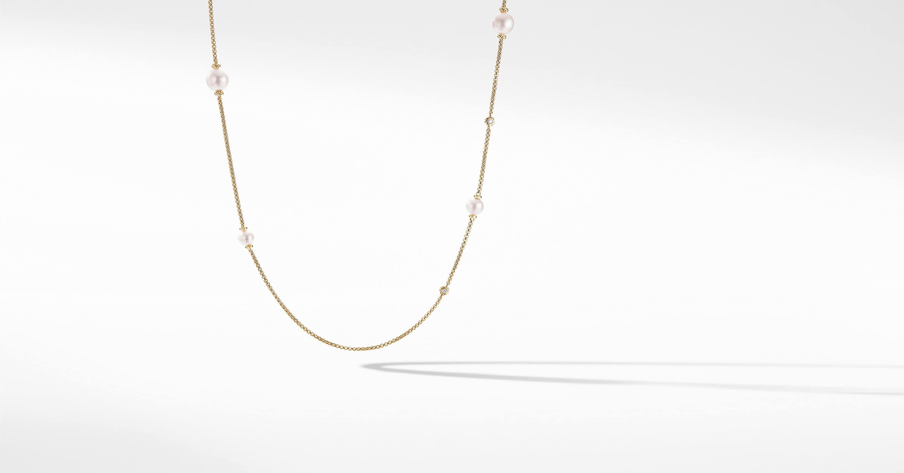 Pearl Cluster Chain Necklace in 18K Yellow Gold with Diamonds