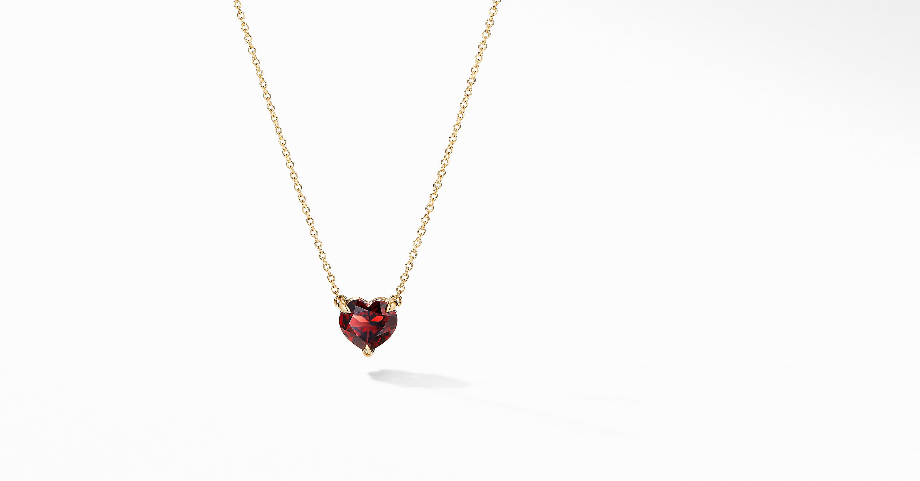 Heart Pendant Necklace in 18K Yellow Gold