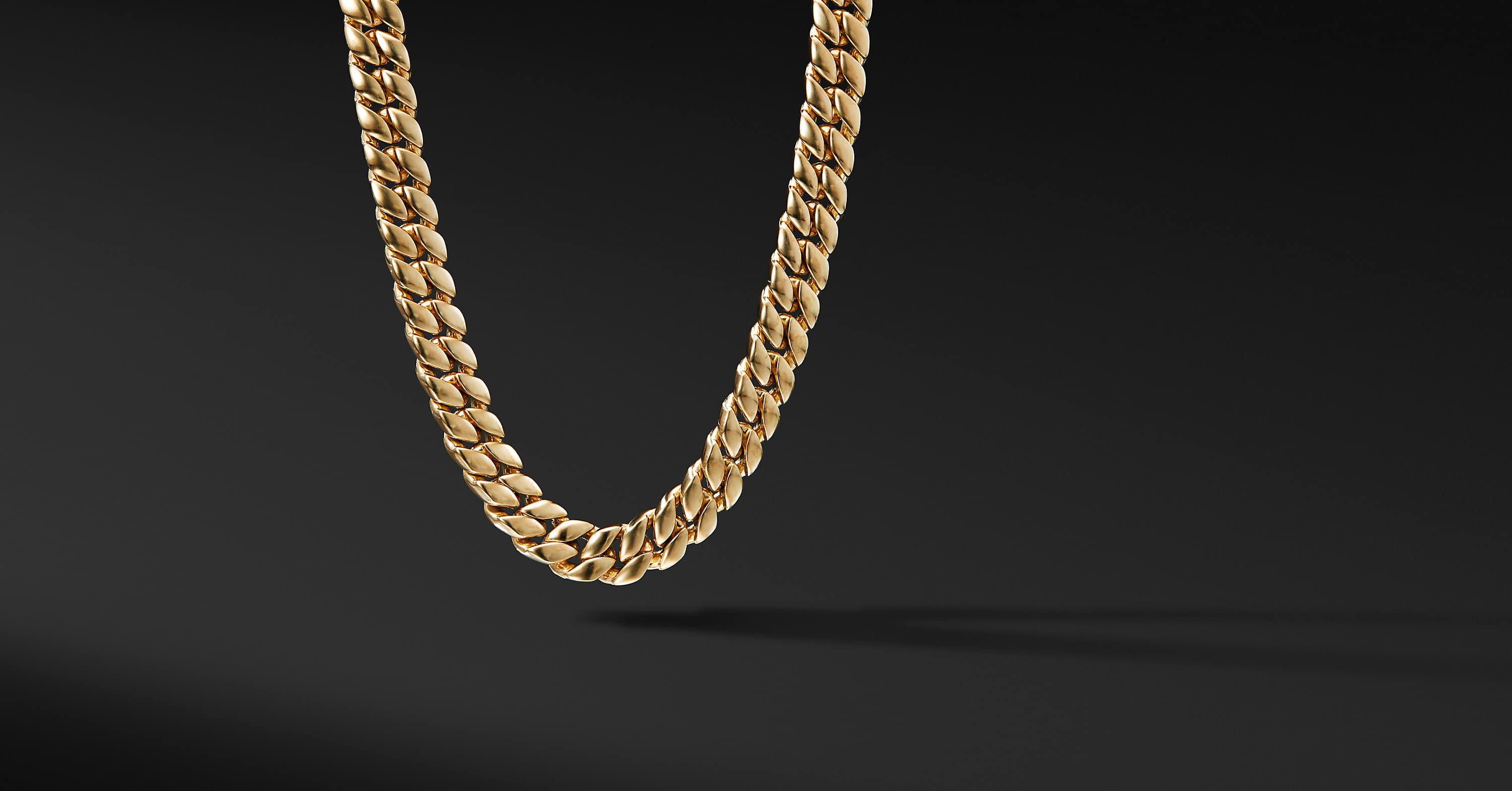 Curb Chain Necklace in 18K Yellow Gold