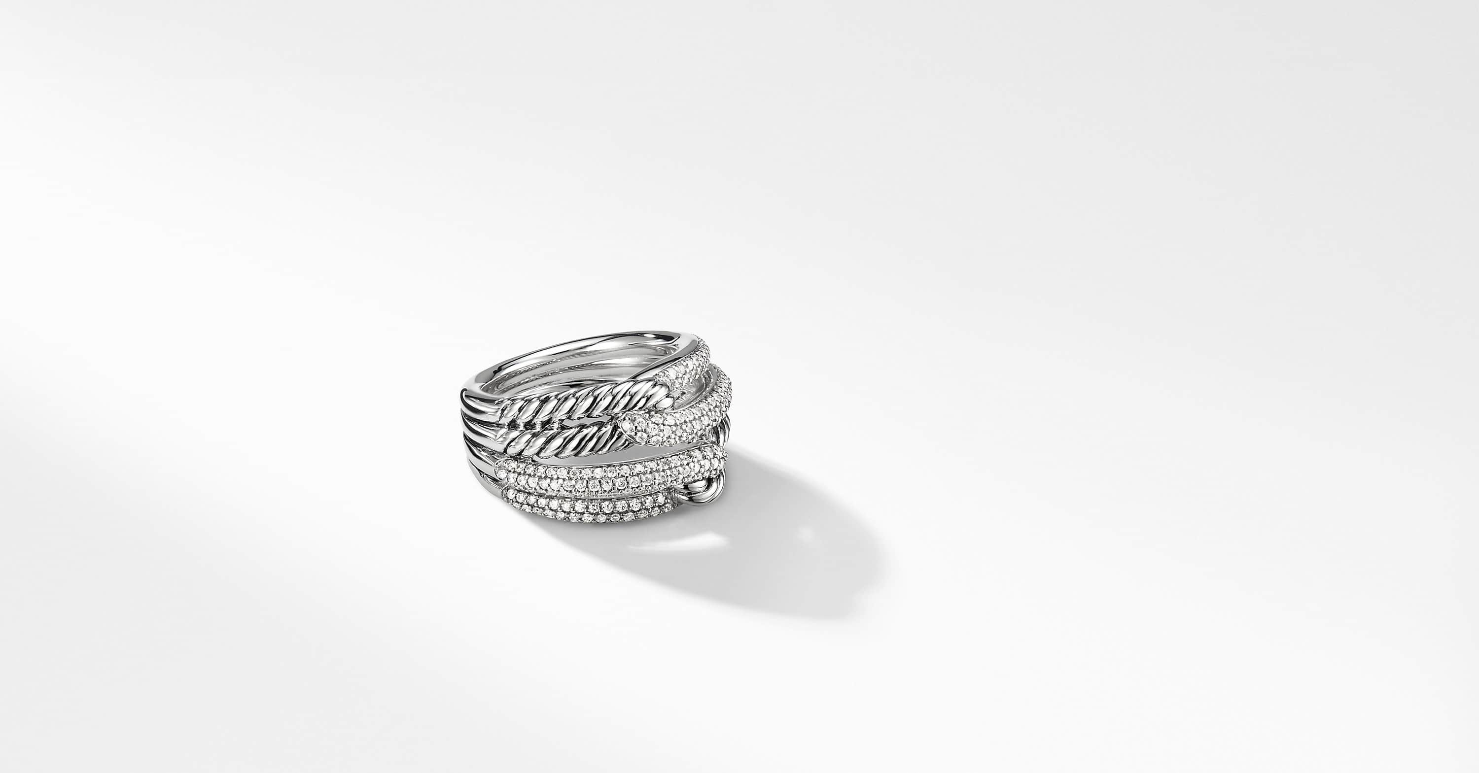 Labyrinth Double-Loop Ring with Diamonds
