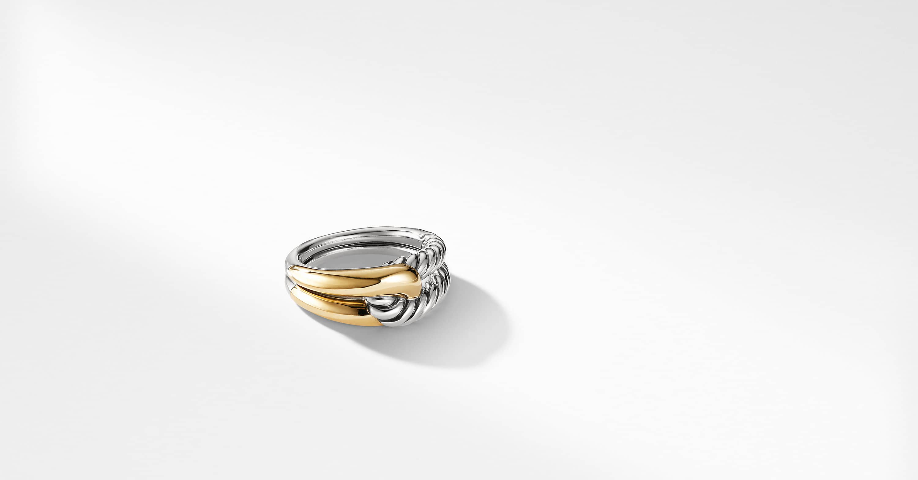 Labyrinth Single-Loop Ring with 18K Gold