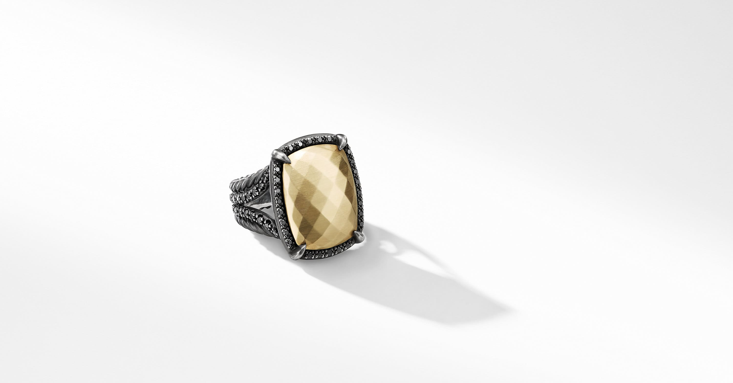 Chatelaine Ring with Diamonds and 18K Gold