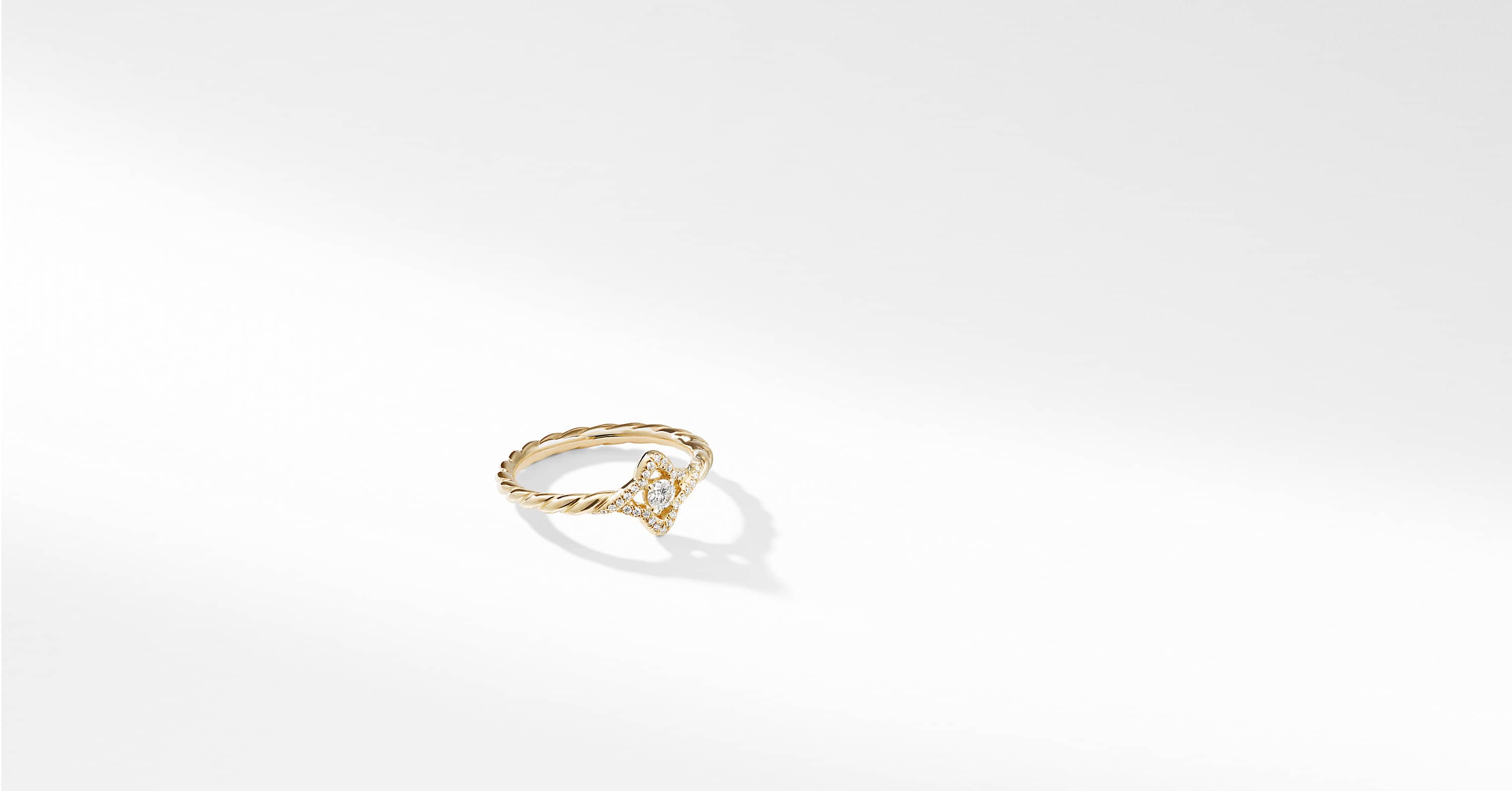 Venetian Quatrefoil Ring with Diamonds in 18K Gold