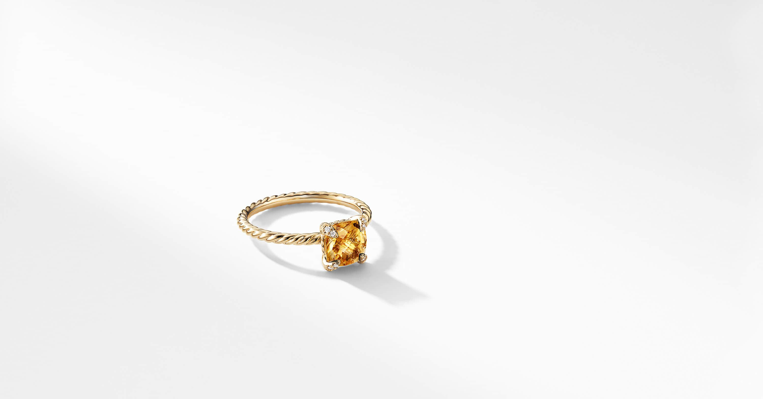Chatelaine Ring with Diamonds in 18K Gold, 7mm