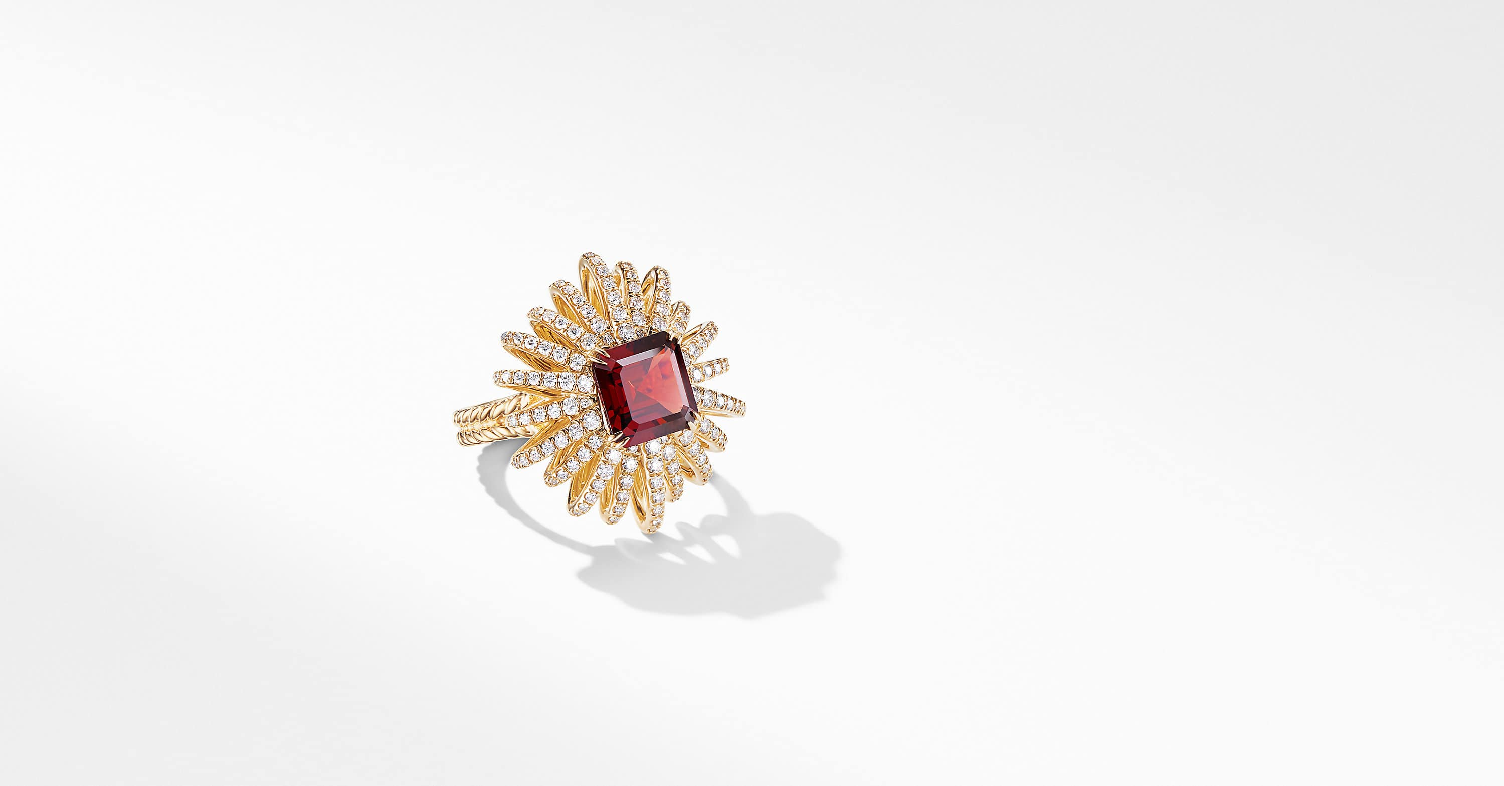 Starburst Ring in 18K Yellow Gold with Diamonds, 25mm