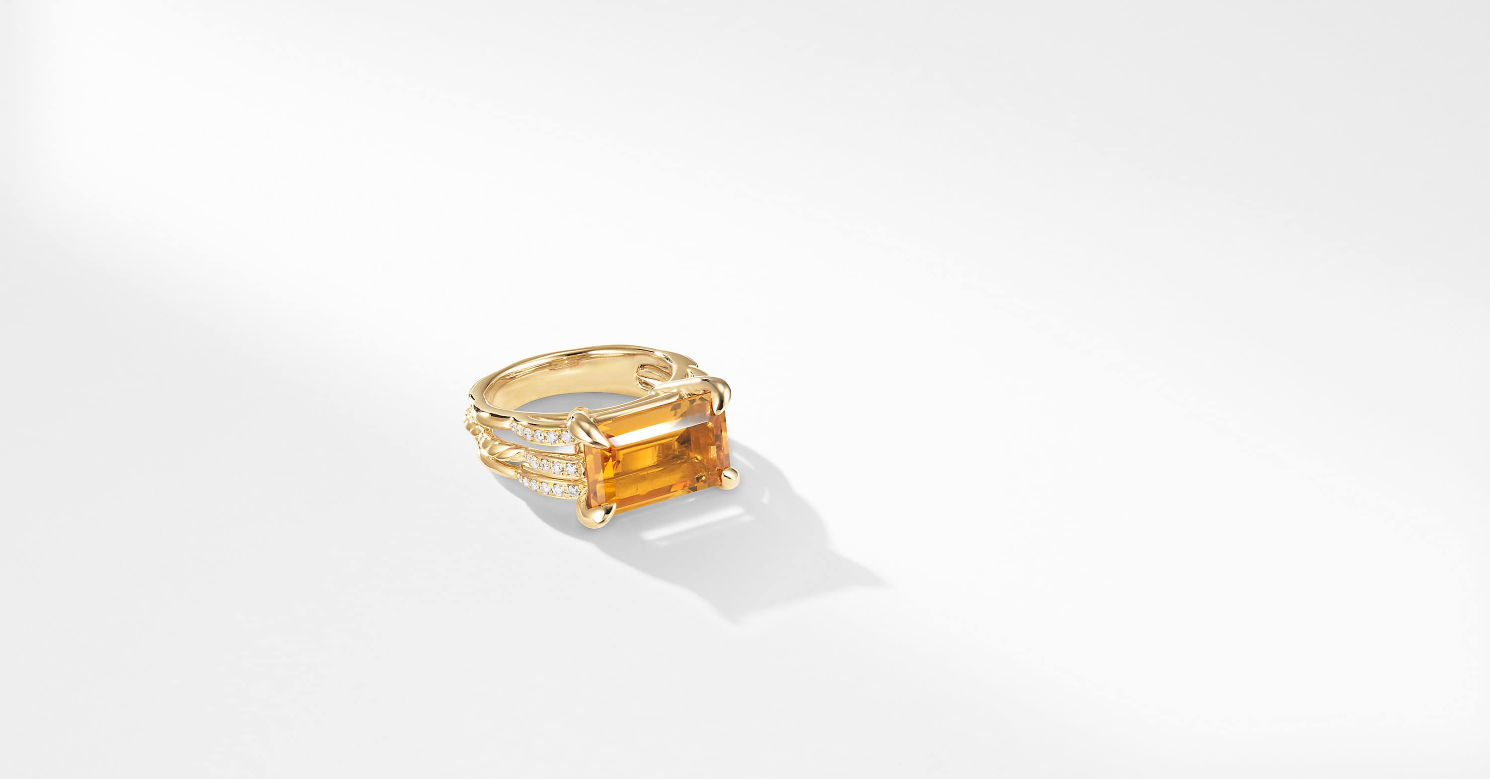 Tides Ring in 18K Yellow Gold with Diamonds