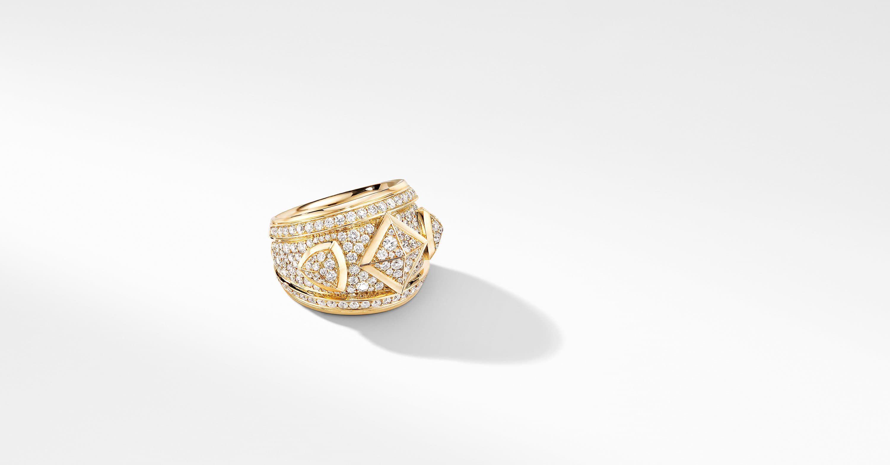 Renaissance Ring in 18K Yellow Gold with Full Pavé