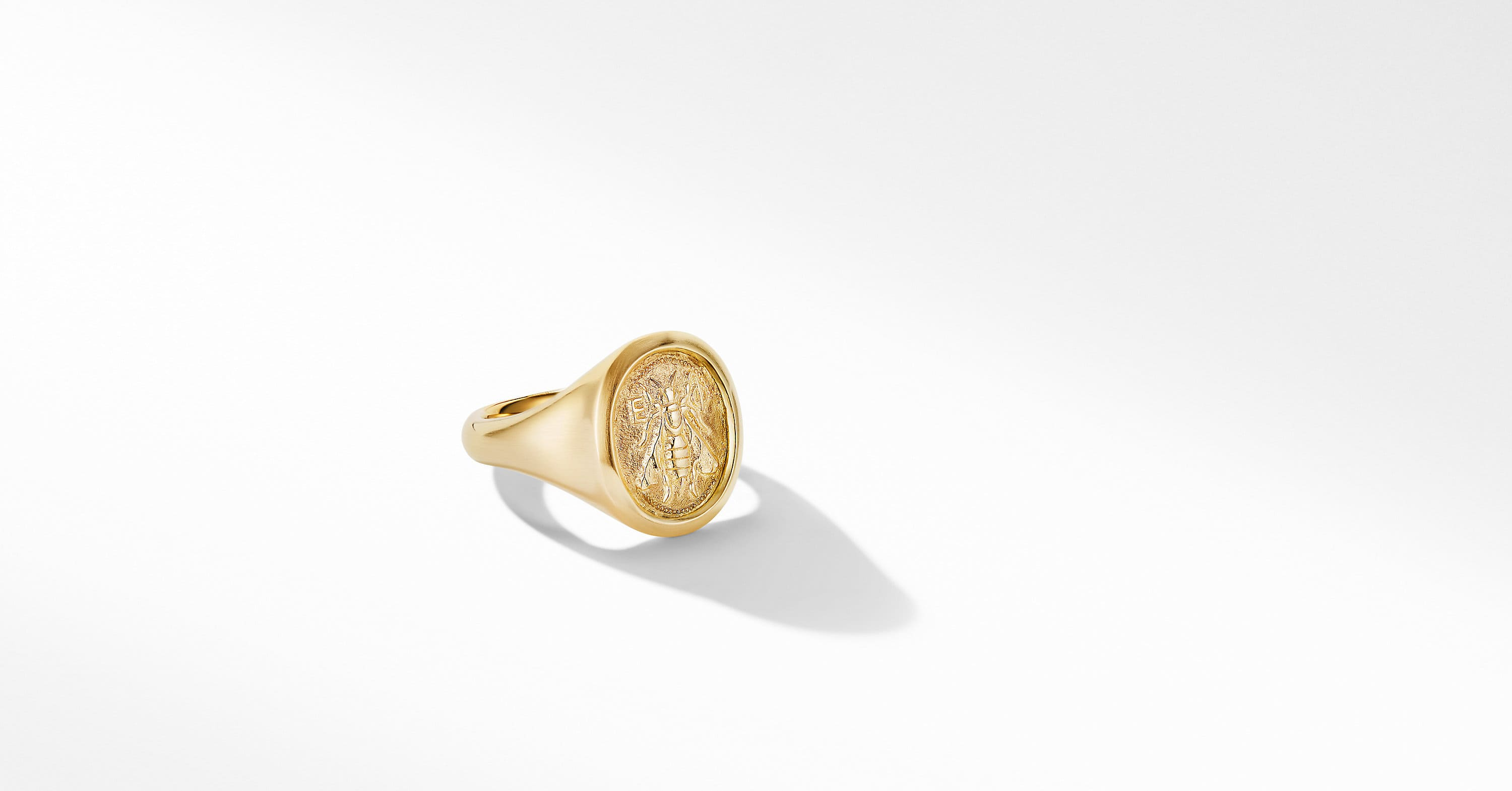 Petrvs Small Bee Pinky Ring in 18K Yellow Gold