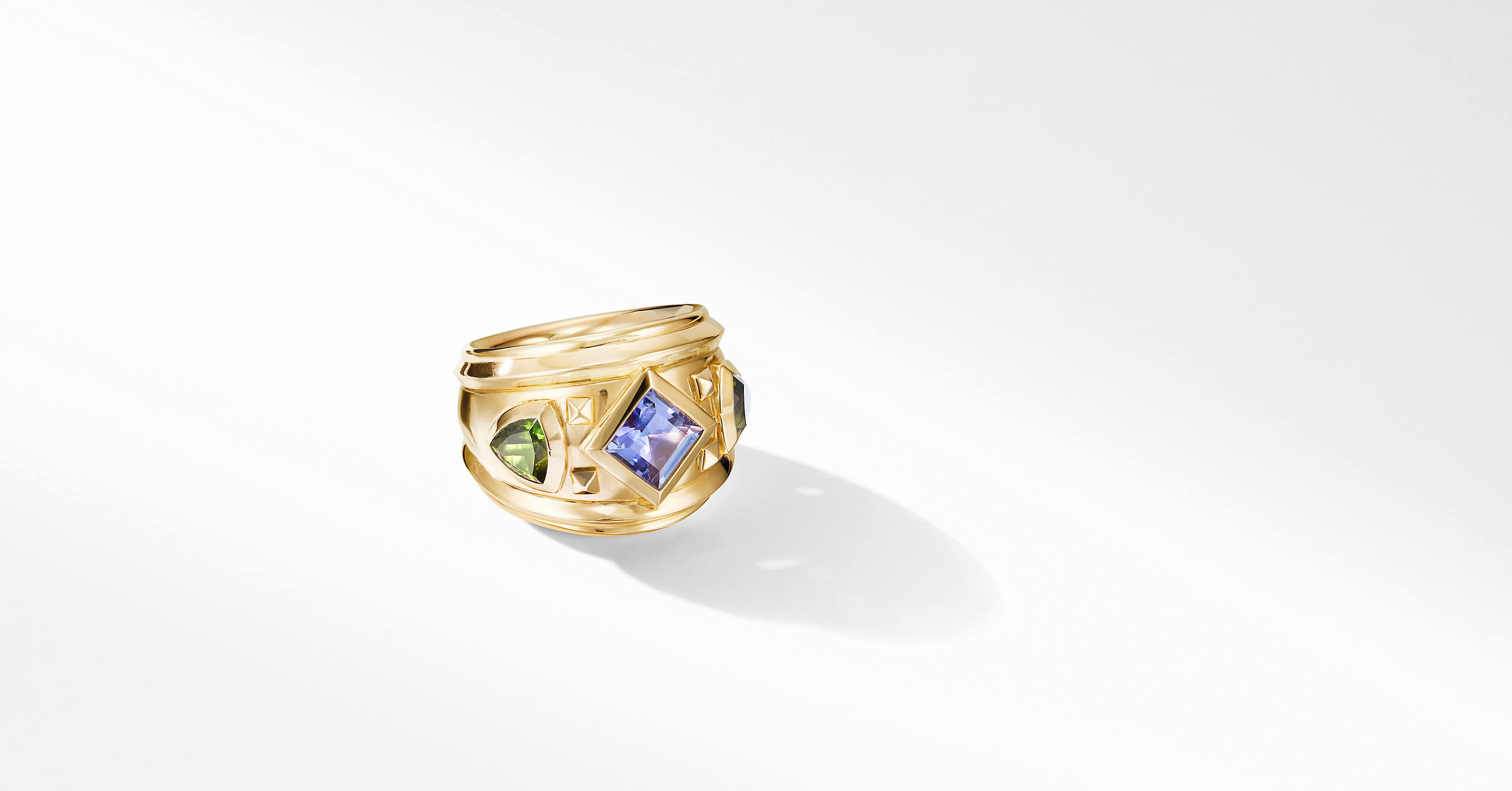 Bold Renaissance Ring in 18K Yellow Gold