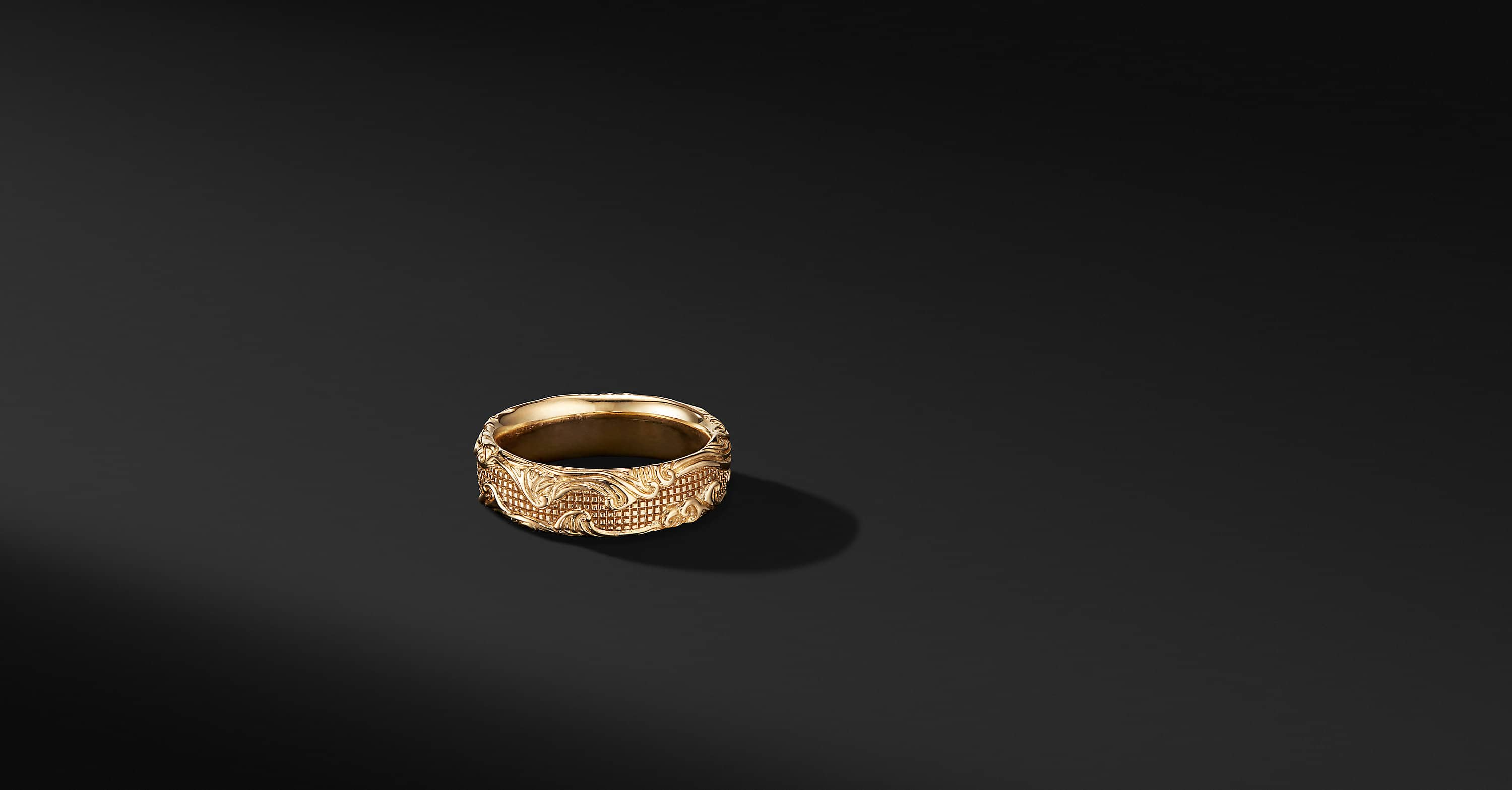 Waves Band Ring in 18K Yellow Gold, 7mm