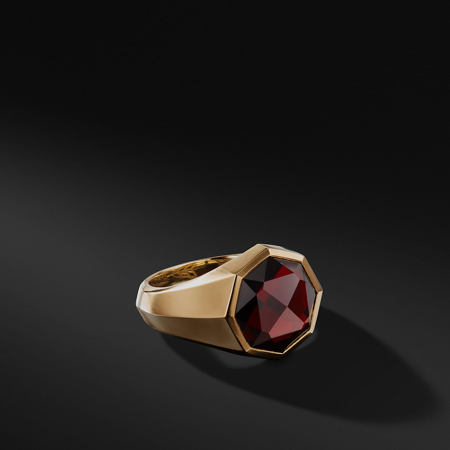 DY Fortune Faceted Signet Ring in 18K Gold | David Yurman