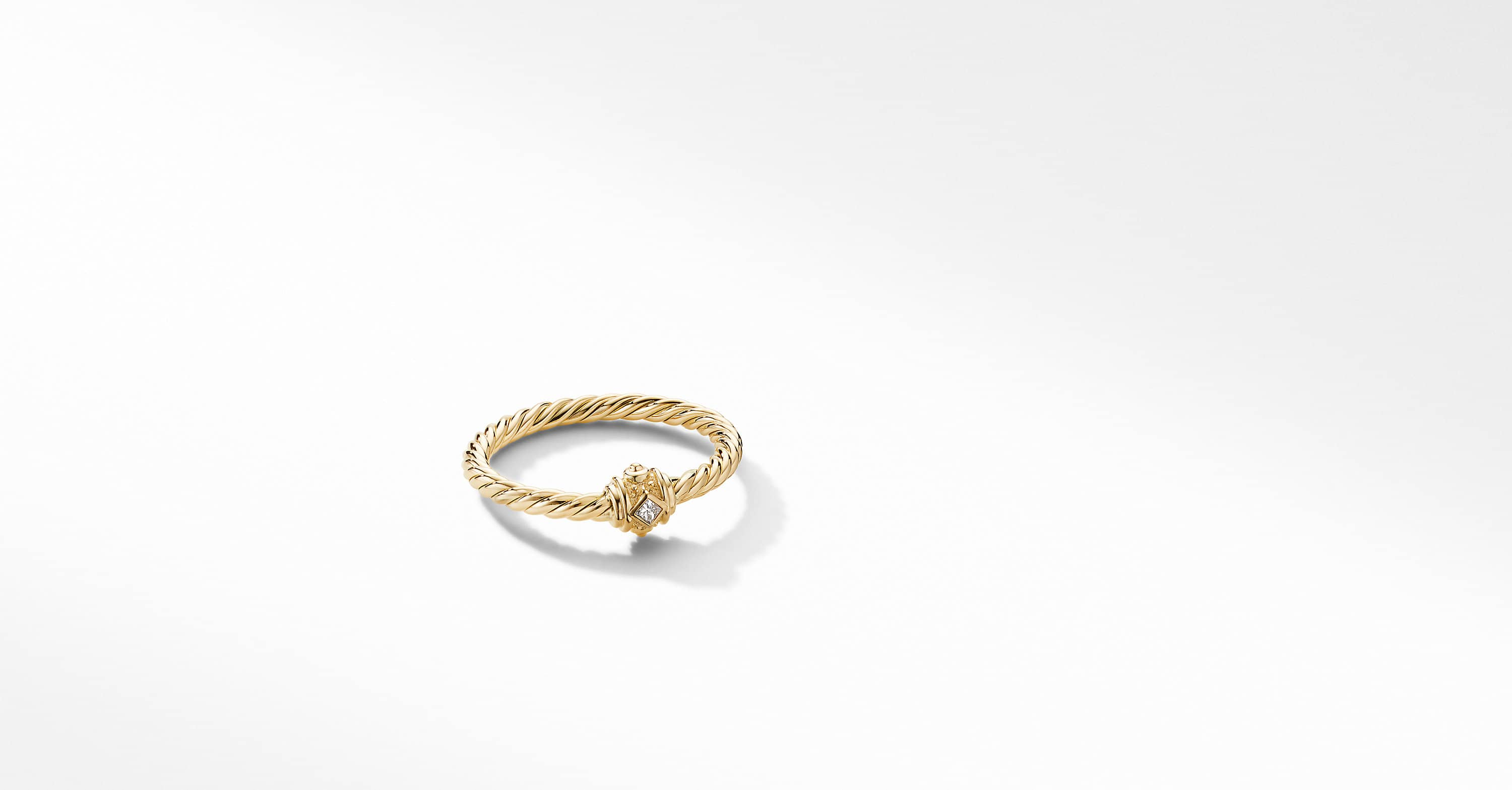 Renaissance Station Ring in 18K Yellow Gold with Diamonds