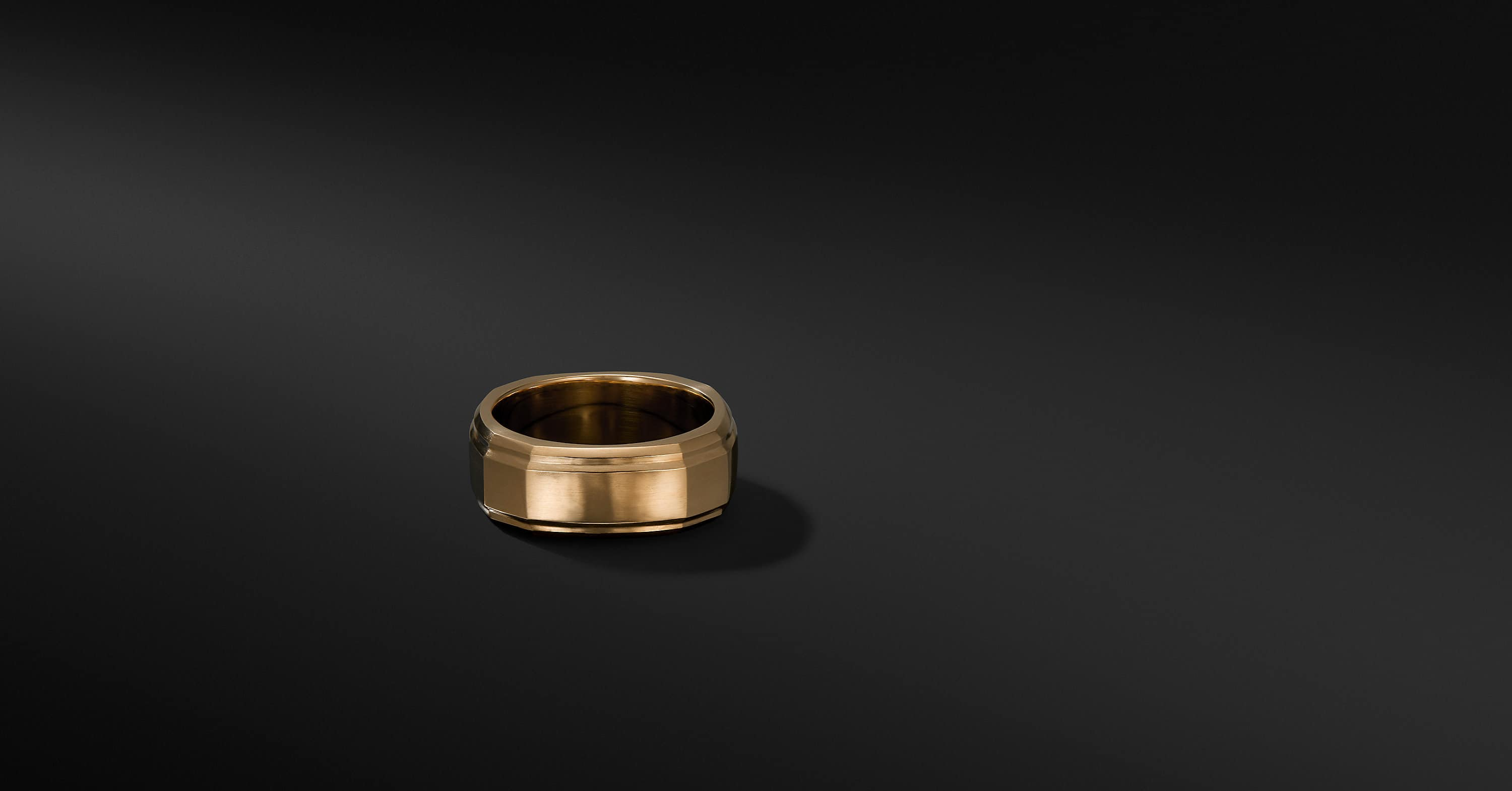 Deco Band Ring in 18K Gold