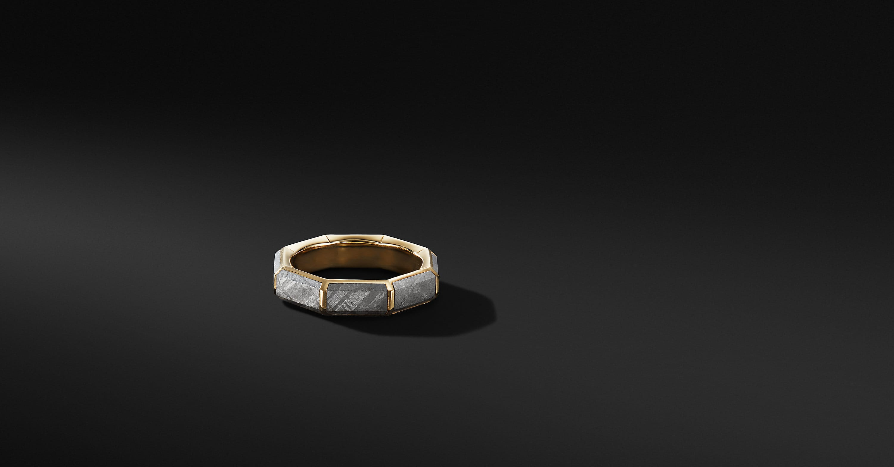 Faceted Band Ring with 18K Yellow Gold, 6mm