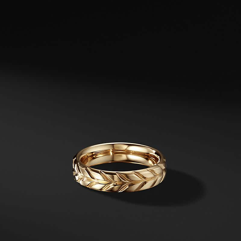 Chevron Band Ring in 18K Yellow Gold, 6mm
