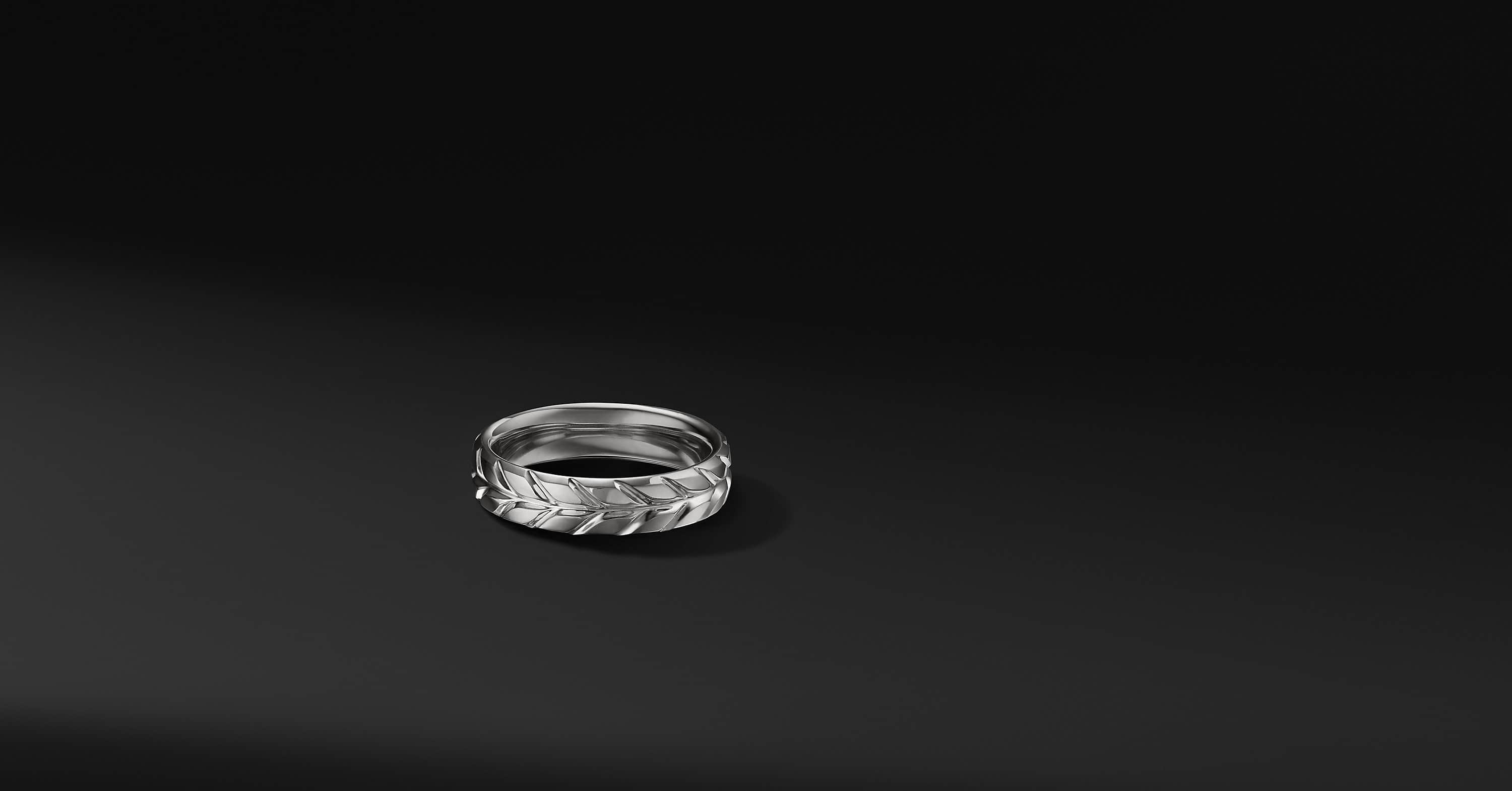 Chevron Band in 18K White Gold, 6mm