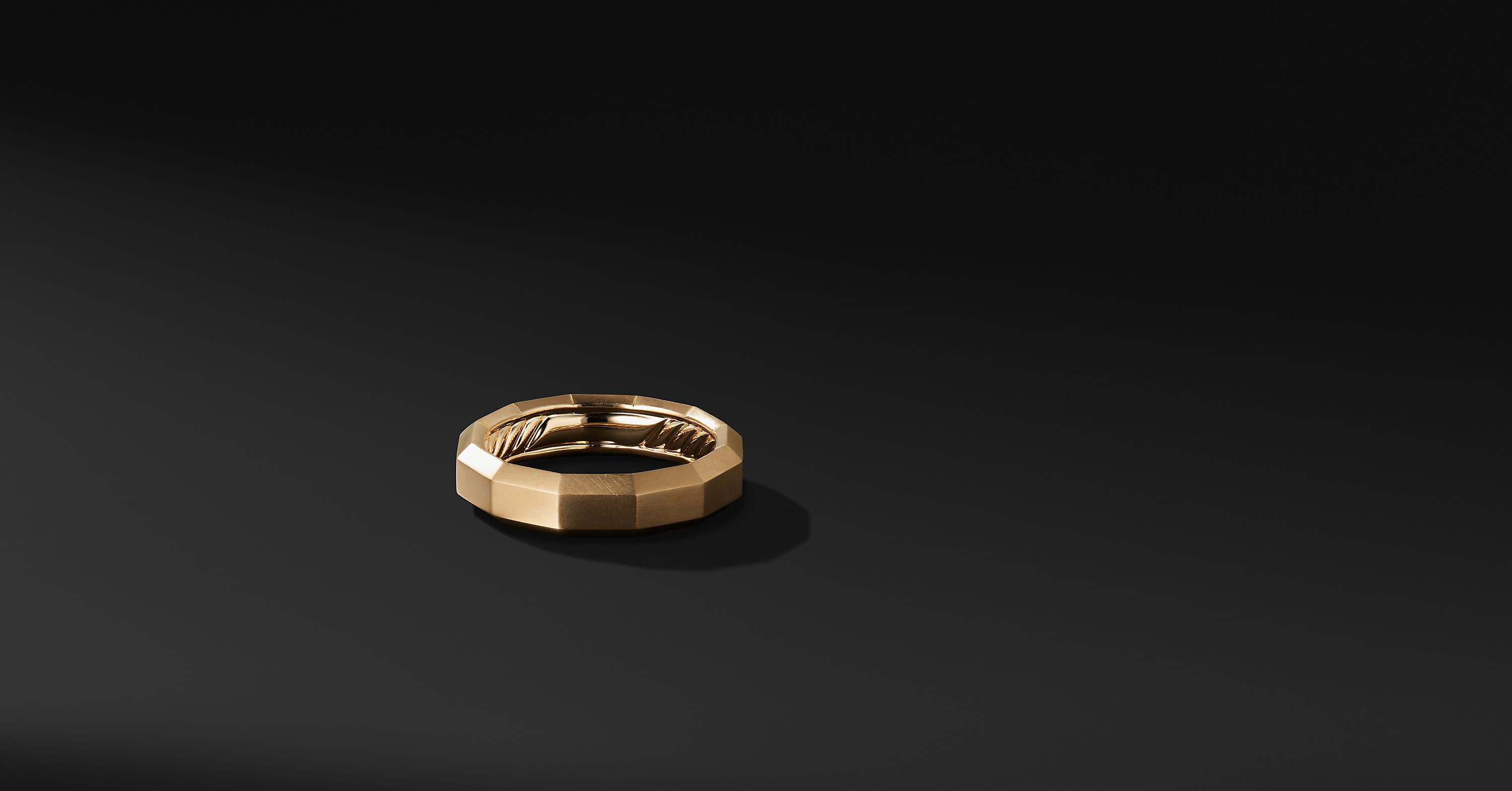 Faceted Band in 18K Gold, 6mm