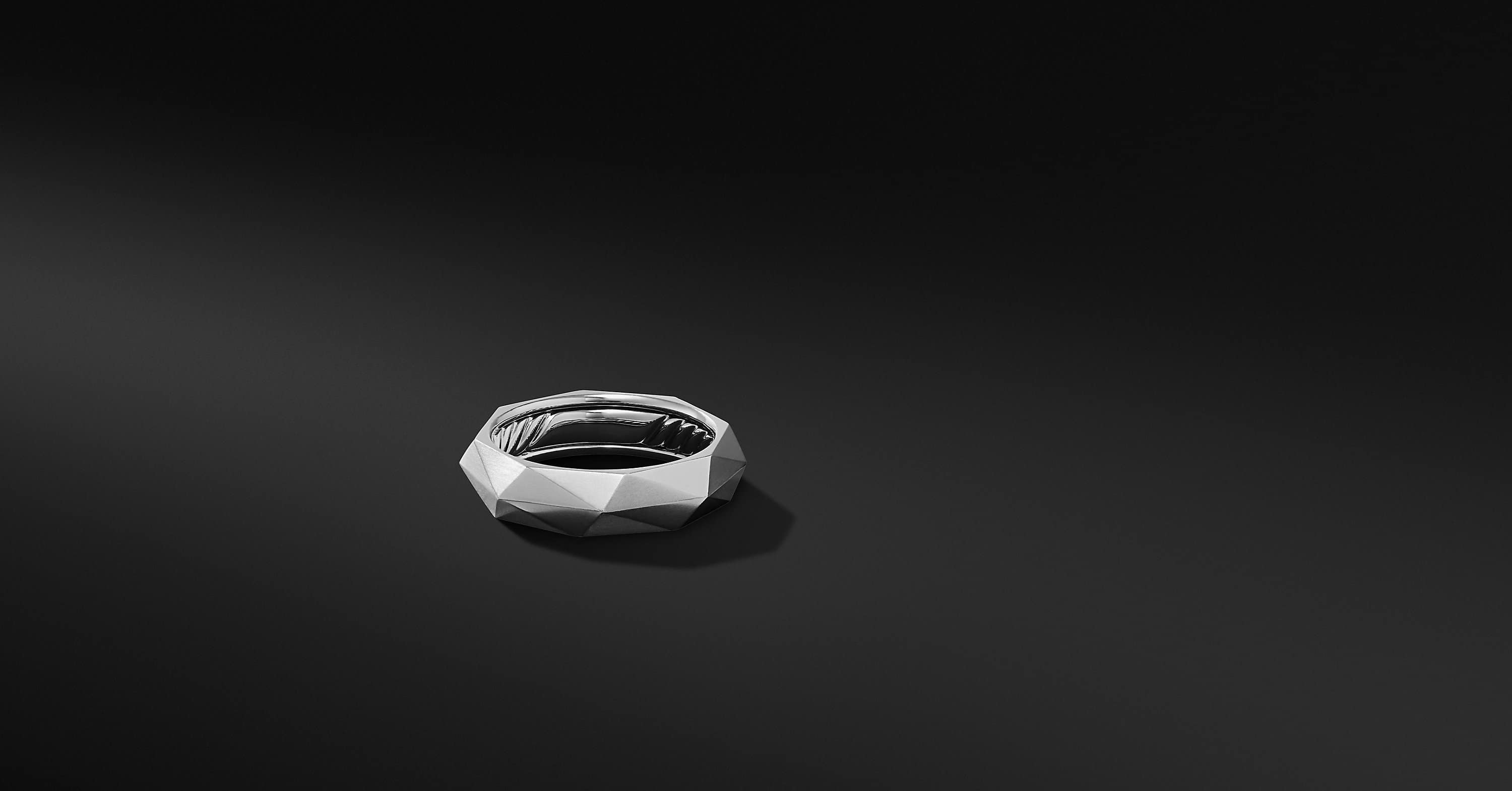 Faceted Band Ring in Platinum, 6mm