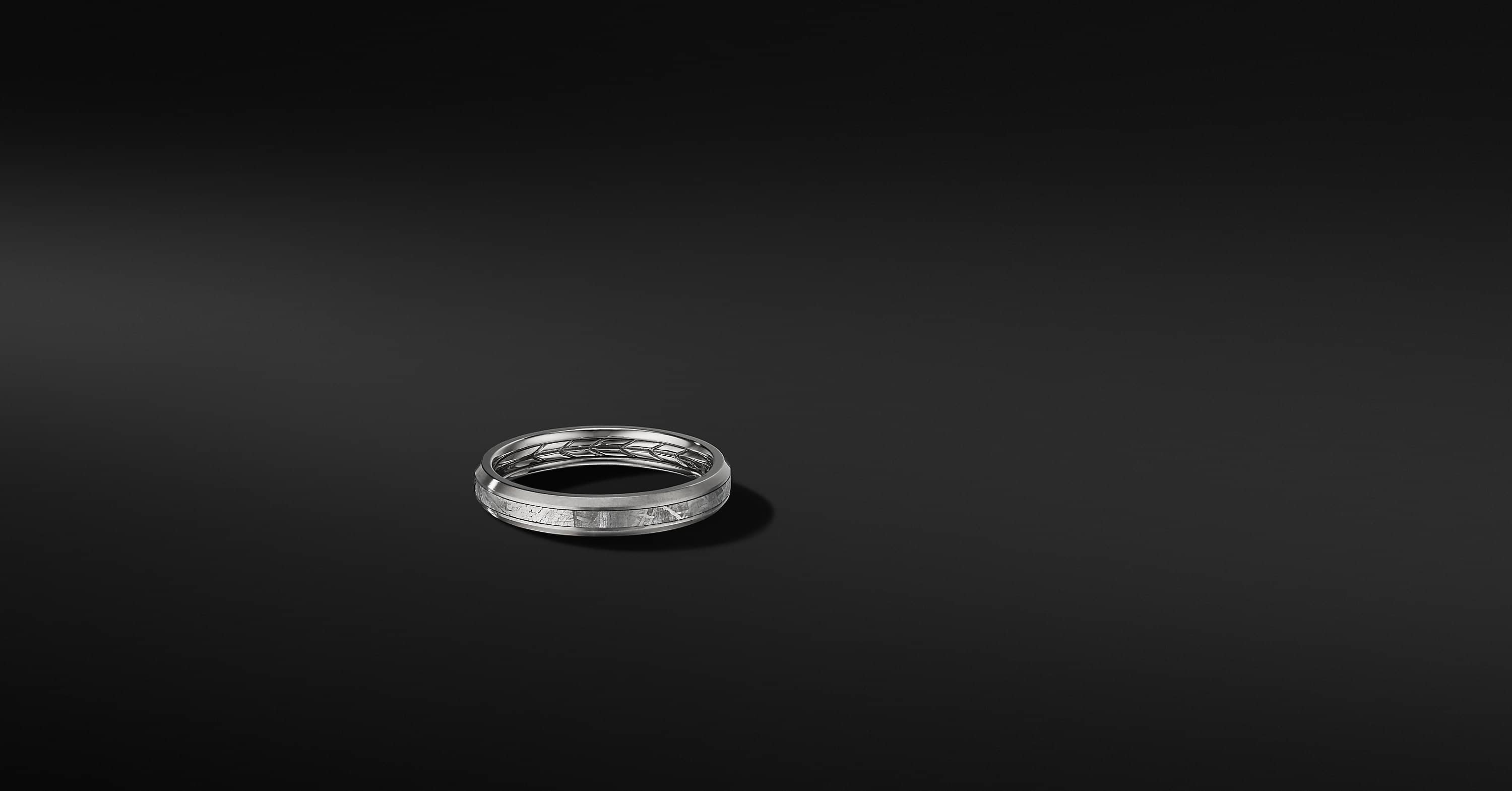 Beveled Band Ring in Grey Titanium, 4mm