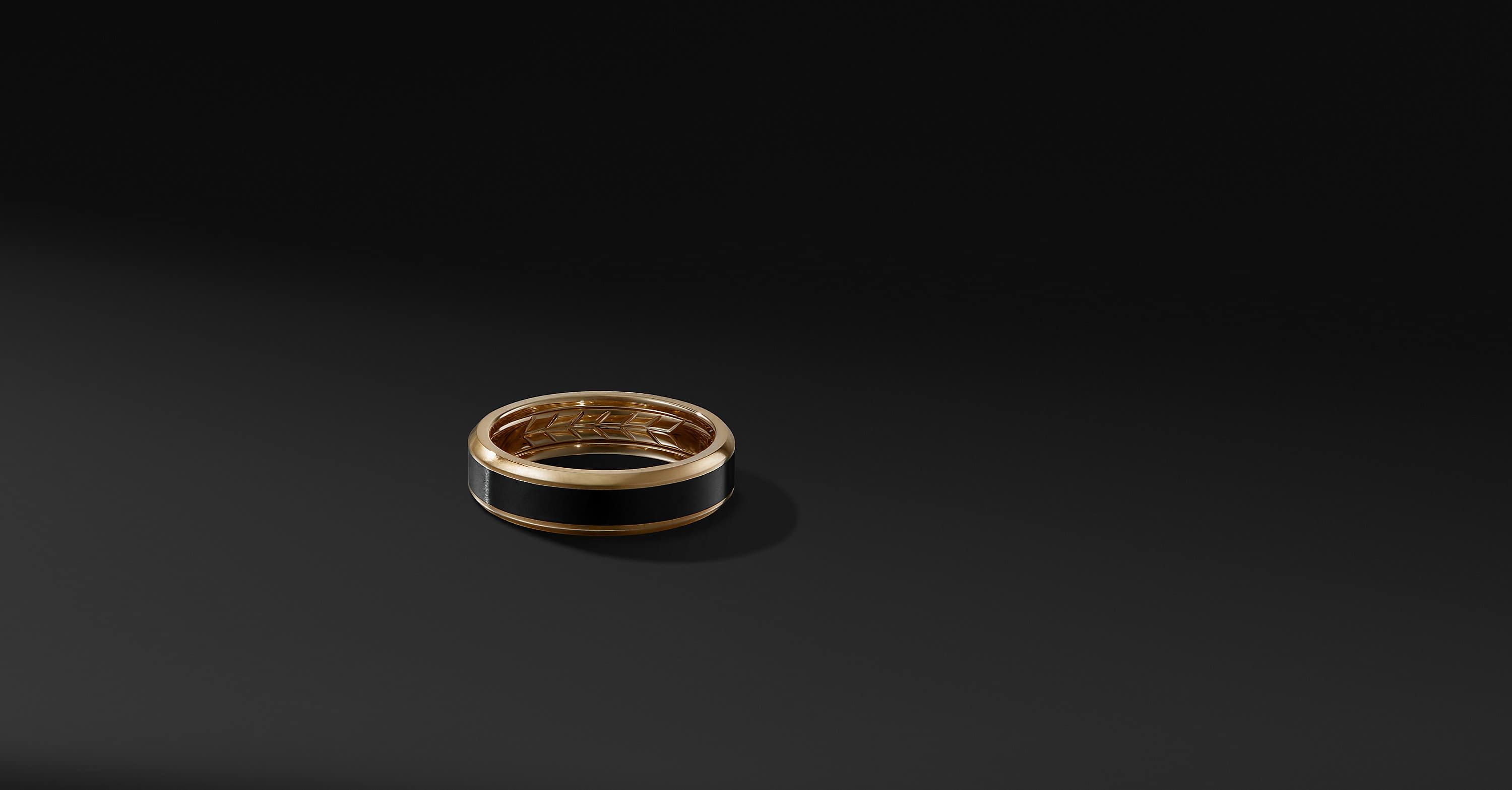 Beveled Band in 18K Gold and Black Titanium, 6mm