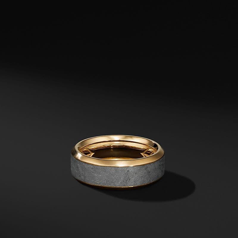 Beveled Band Ring in 18K Yellow Gold with