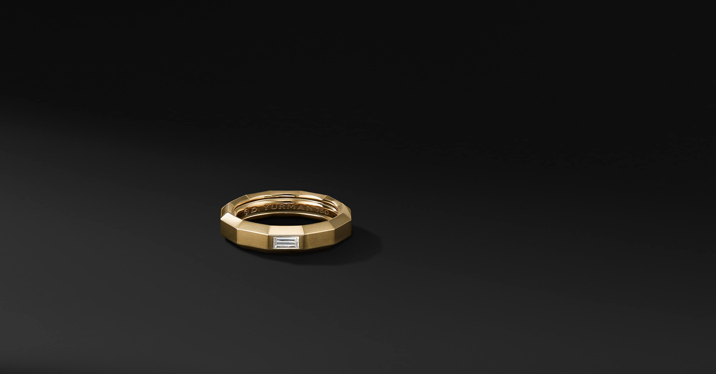 Faceted Band Ring in 18K Yellow Gold with Diamonds, 6mm