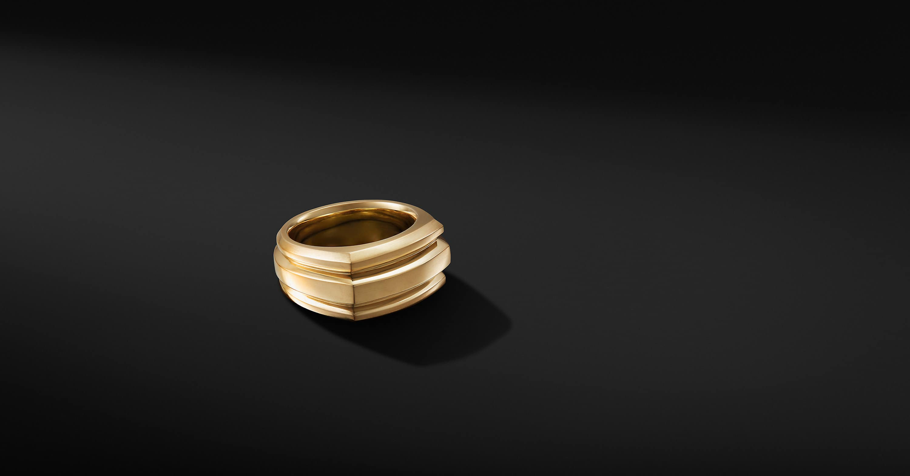 Deco Cigar Band Ring in 18K Yellow Gold