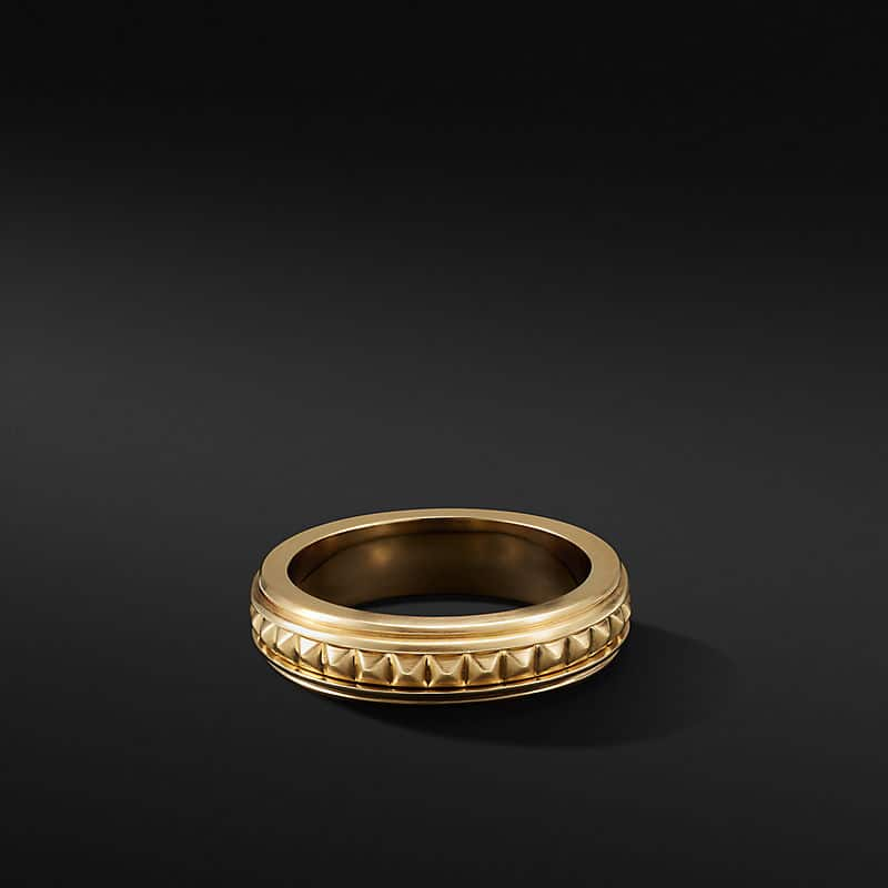Pyramid Band Ring in 18K Yellow Gold, 6mm