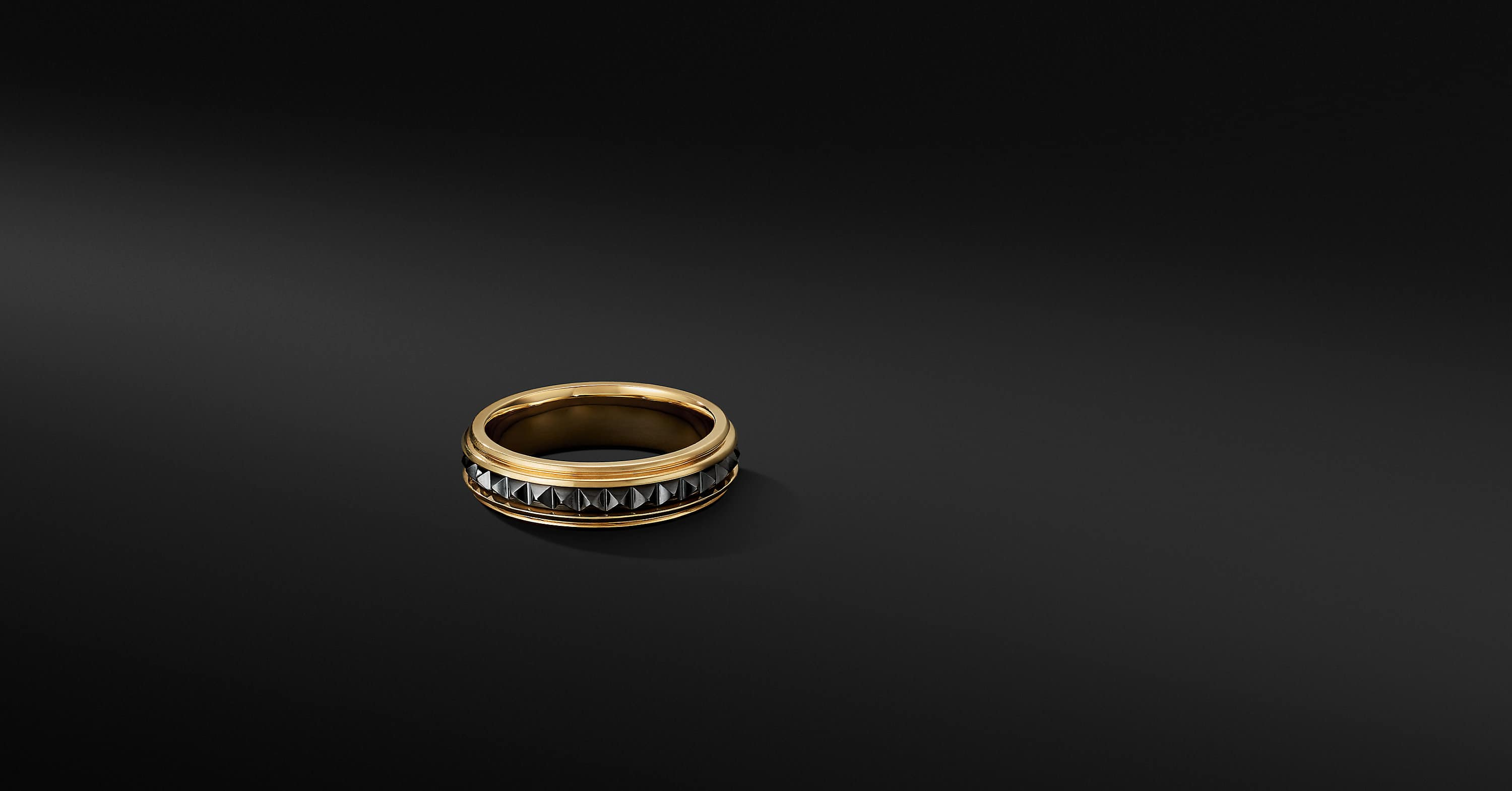 Pyramid Band Ring in 18K Yellow Gold with Black Titanium, 6mm