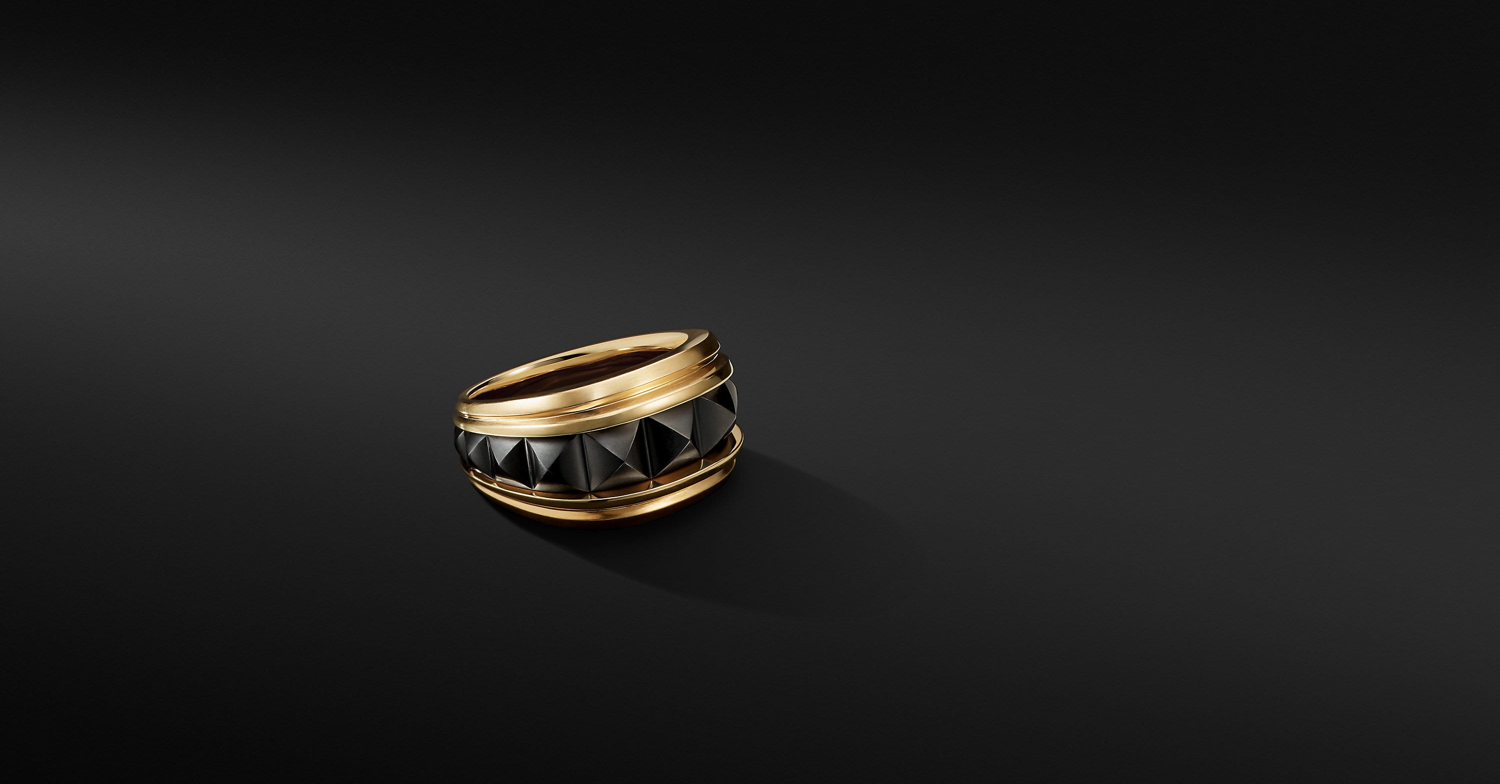 Pyramid Signet Ring in 18K Yellow Gold with Black Titanium