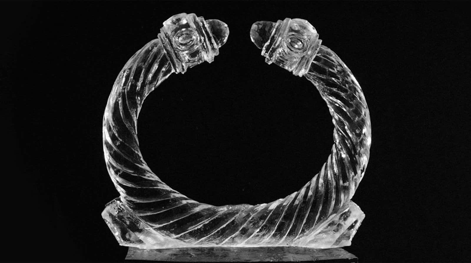 A detail of a Cable bracelet sculpted out of ice.