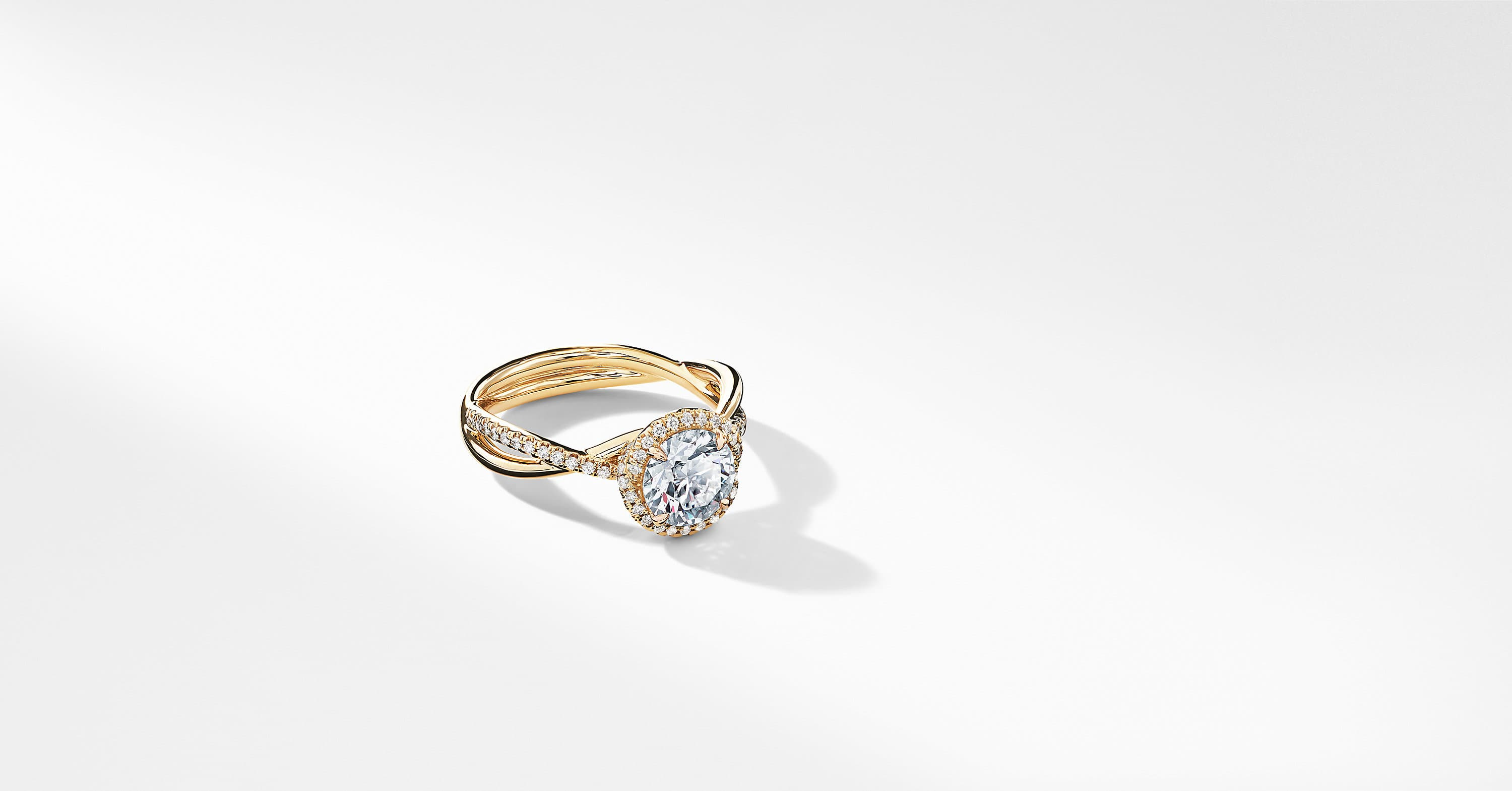 DY Lanai Part Pavé Engagement Ring in 18K Yellow Gold, Round